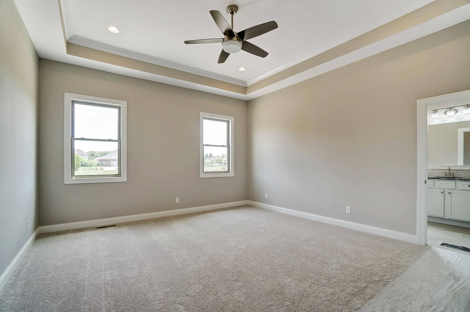 412 Cathedral Court Property Photo 21