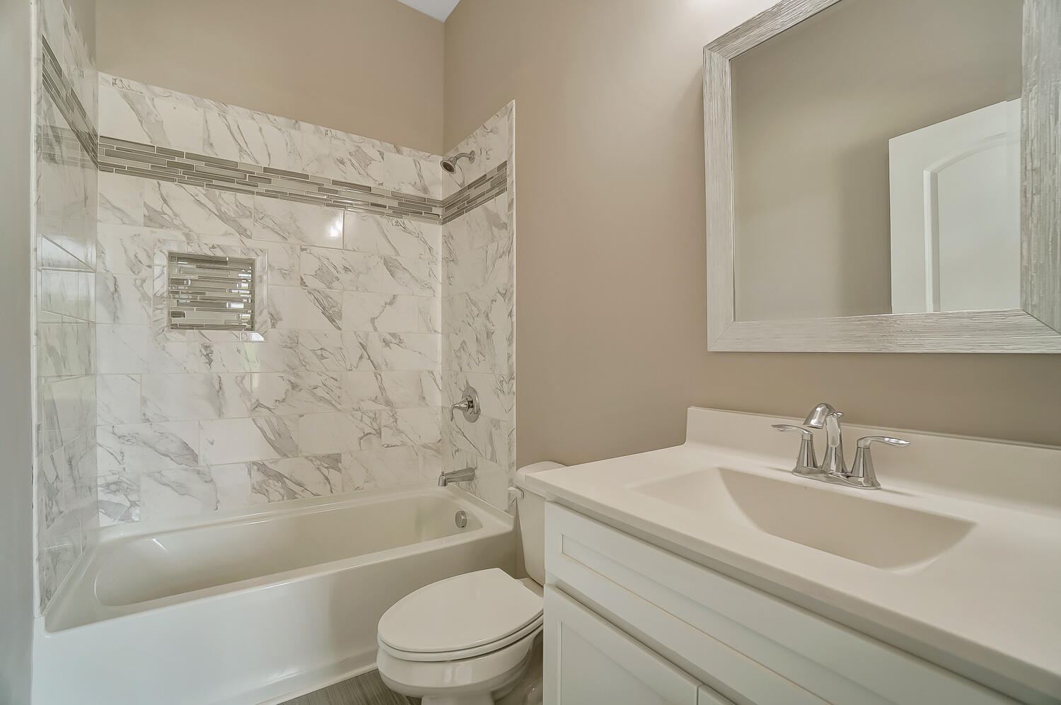 412 Cathedral Court Property Photo 34