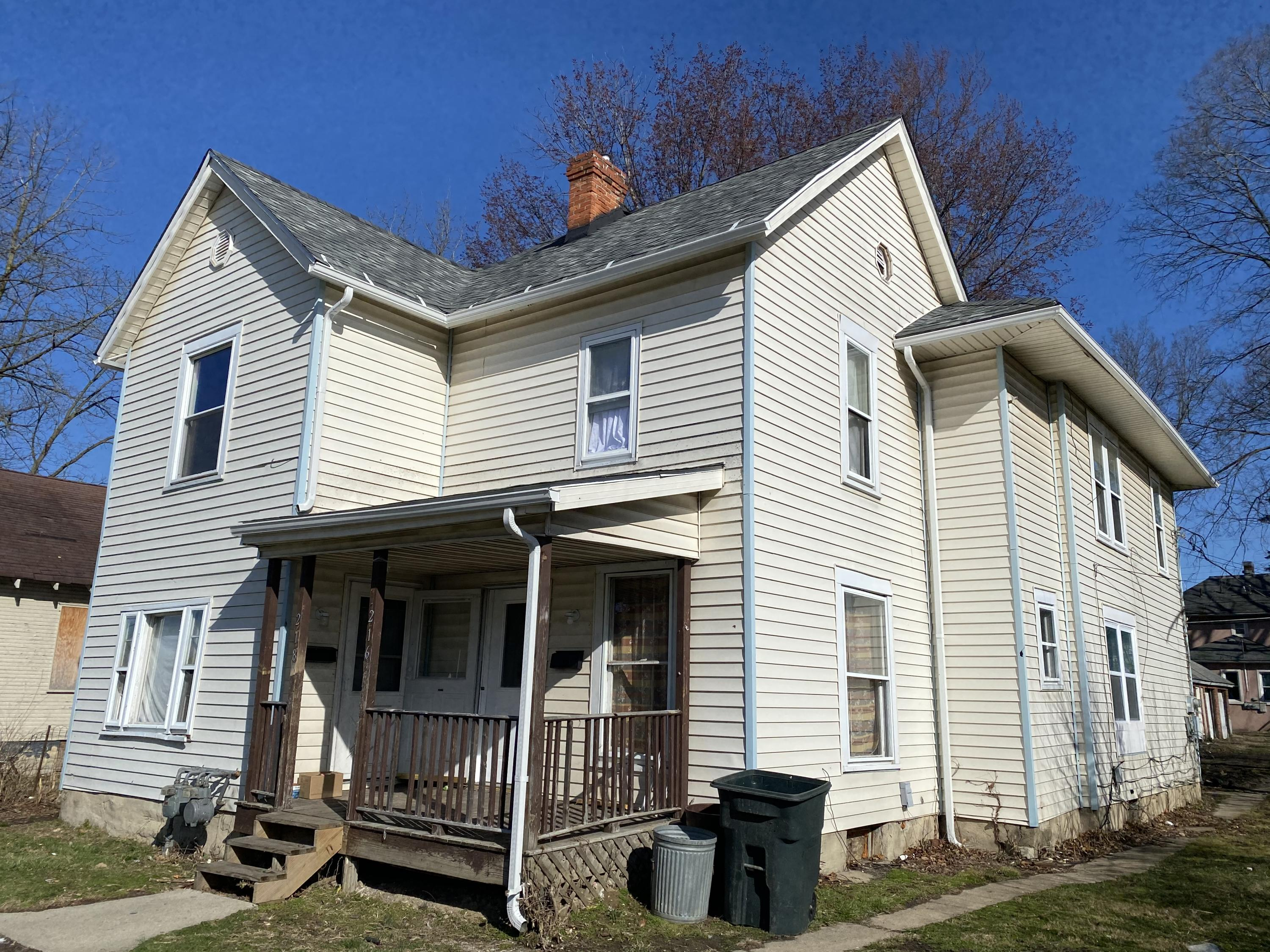 216 W Grand Avenue Property Photo - Springfield, OH real estate listing