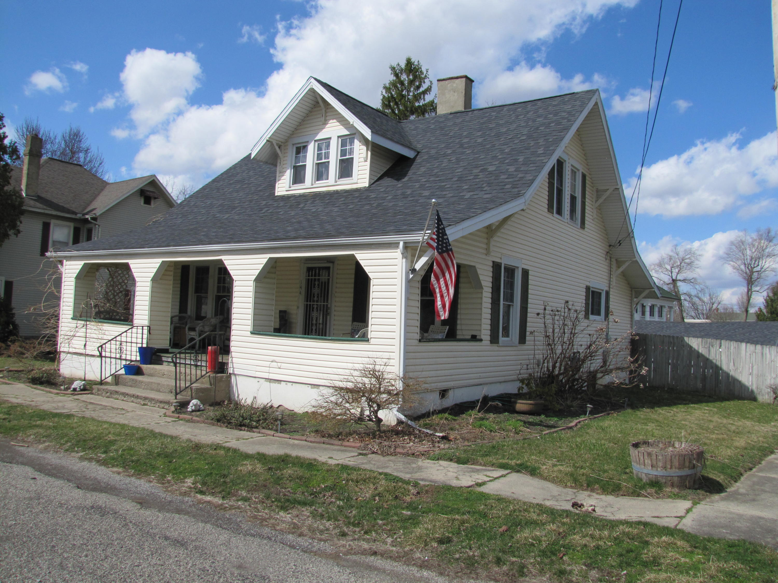 144 E Plum Street Property Photo - Saint Paris, OH real estate listing