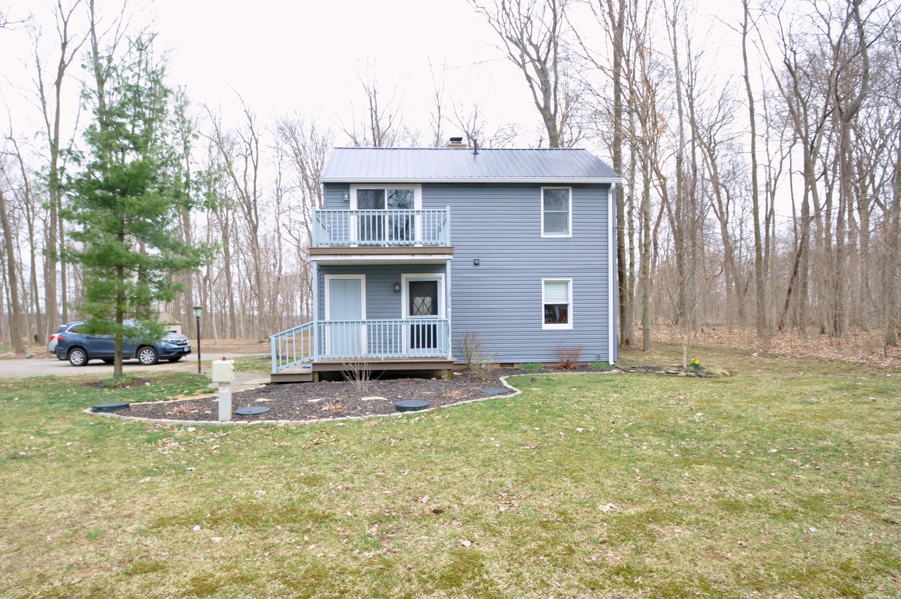 2001 Snow Ridge Circle Property Photo - Zanesfield, OH real estate listing