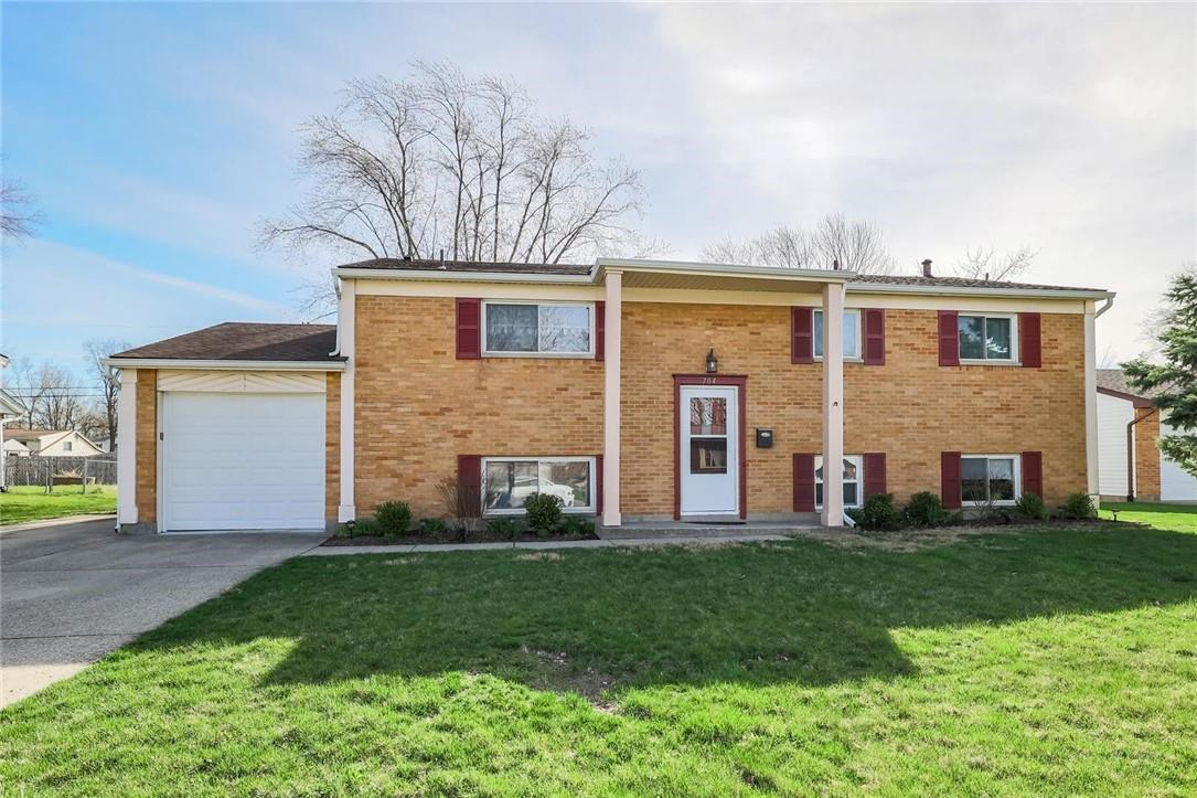 704 Bennert Drive Property Photo - Vandalia, OH real estate listing