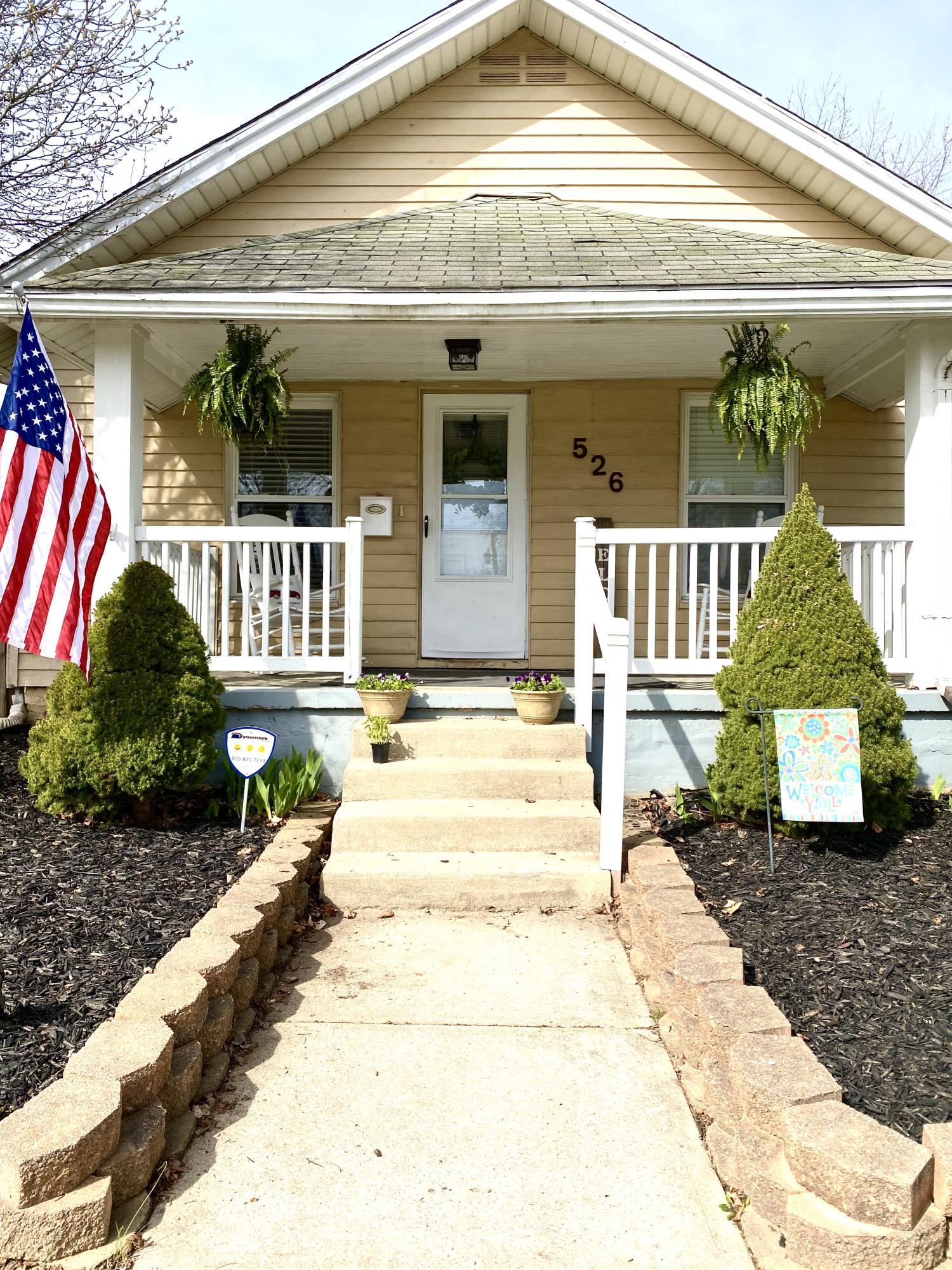 526 Lake Street Property Photo