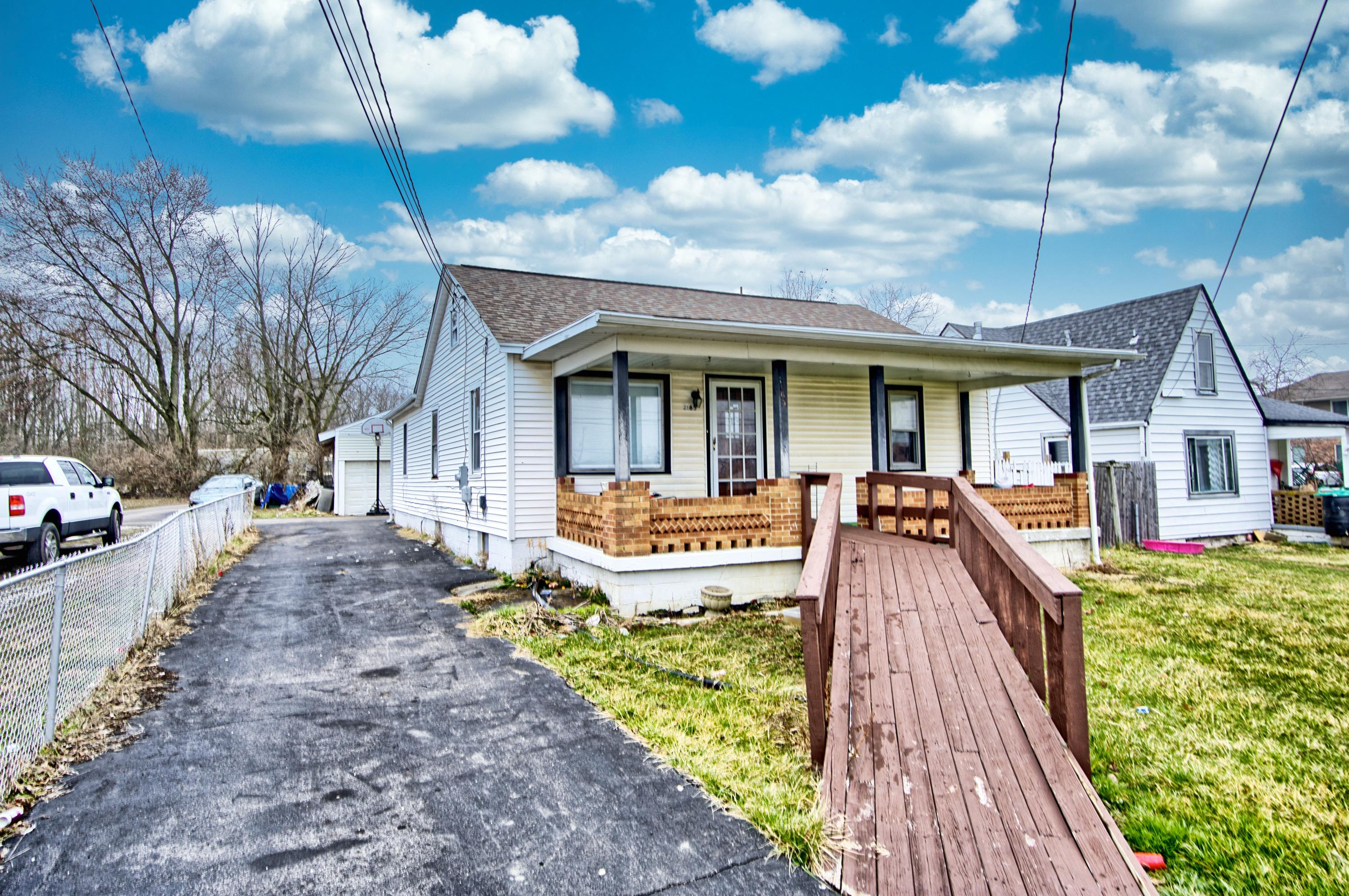 2165 Beaver Valley Road Property Photo - Fairborn, OH real estate listing