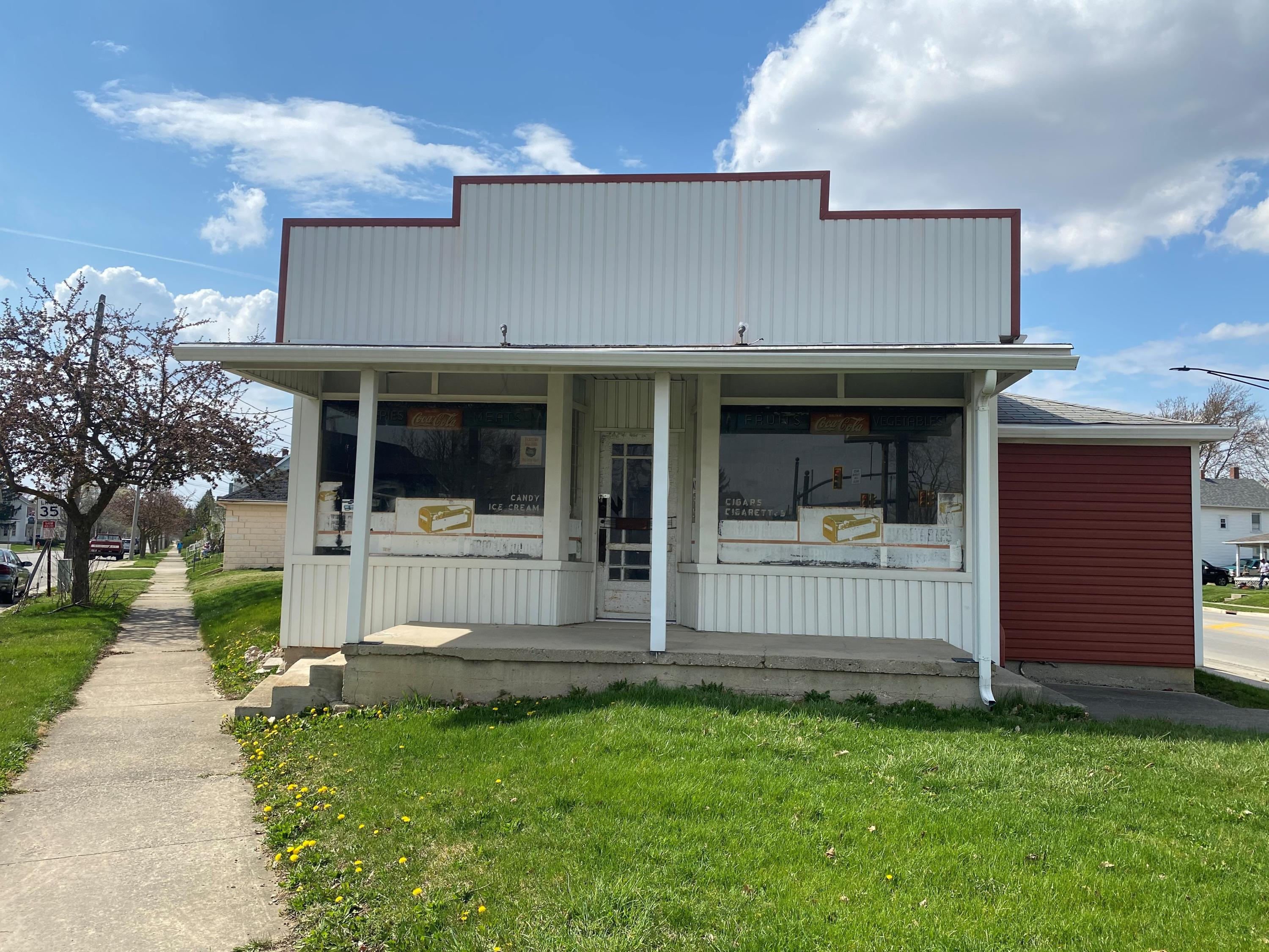 619 Bellefontaine Street Property Photo - Wapakoneta, OH real estate listing