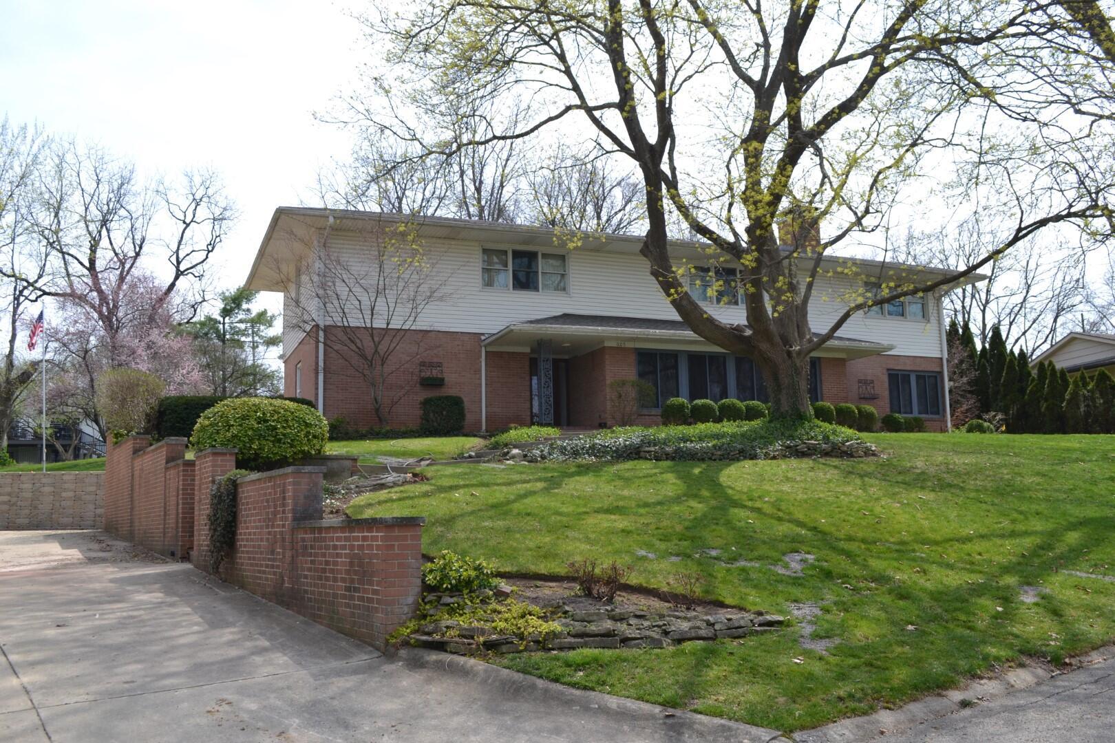 605 Westchester Park Drive Property Photo