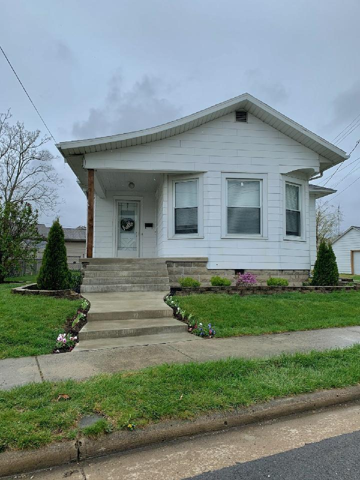 105 S Pine Street Property Photo - Wapakoneta, OH real estate listing