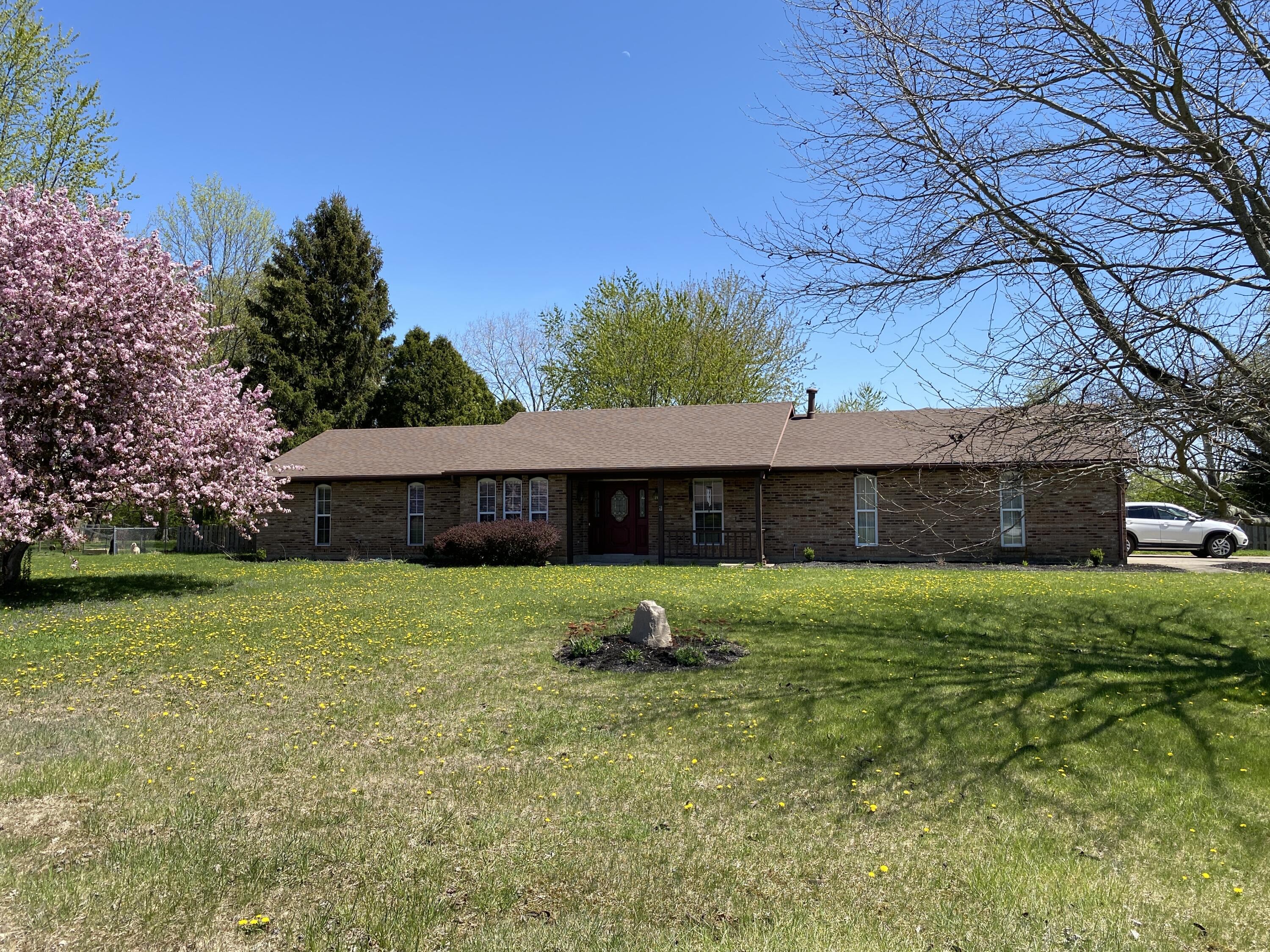 6370 Manete Street Property Photo - Springfield, OH real estate listing