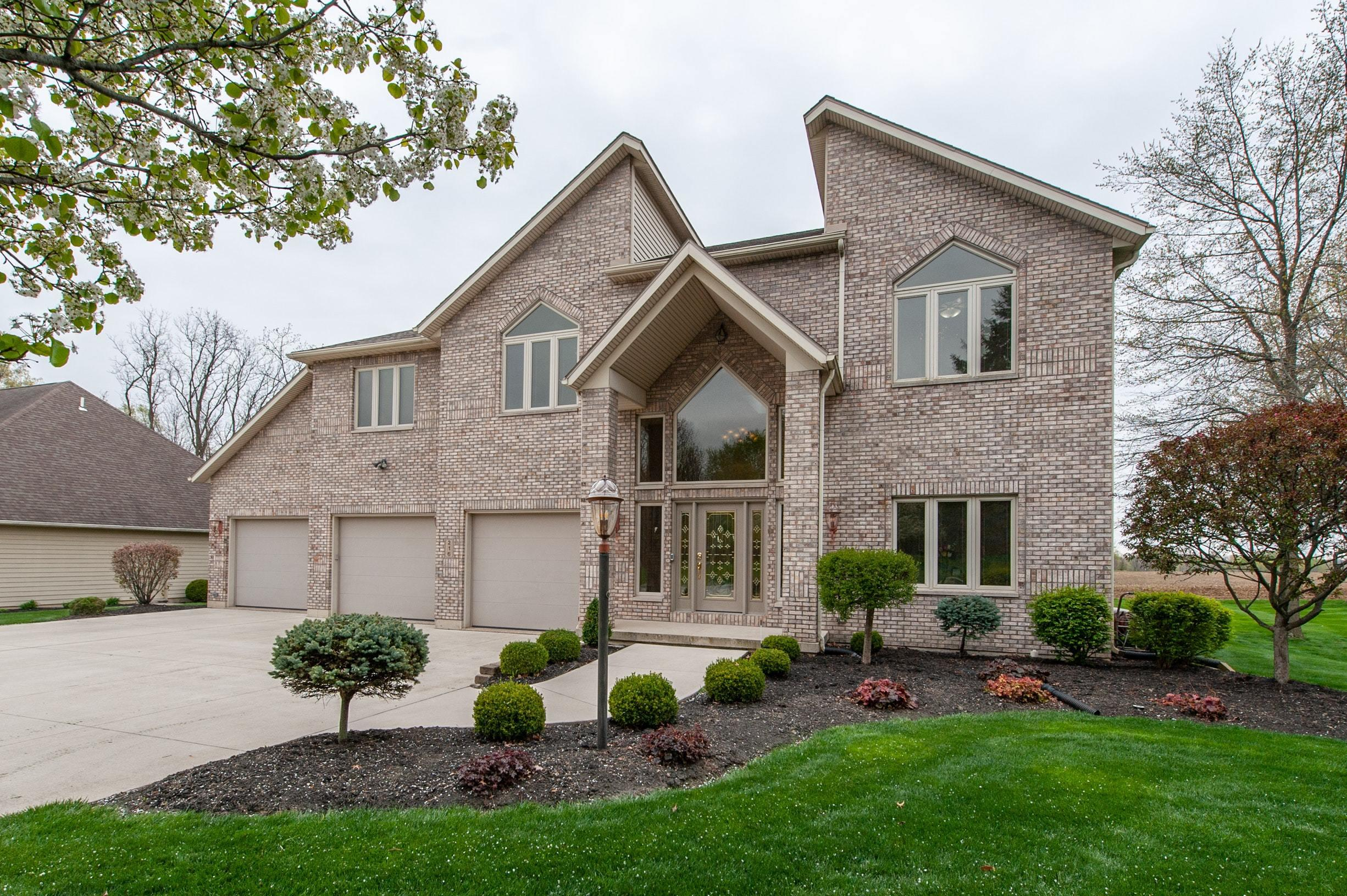216 Candlewood Place Property Photo - Saint Marys, OH real estate listing