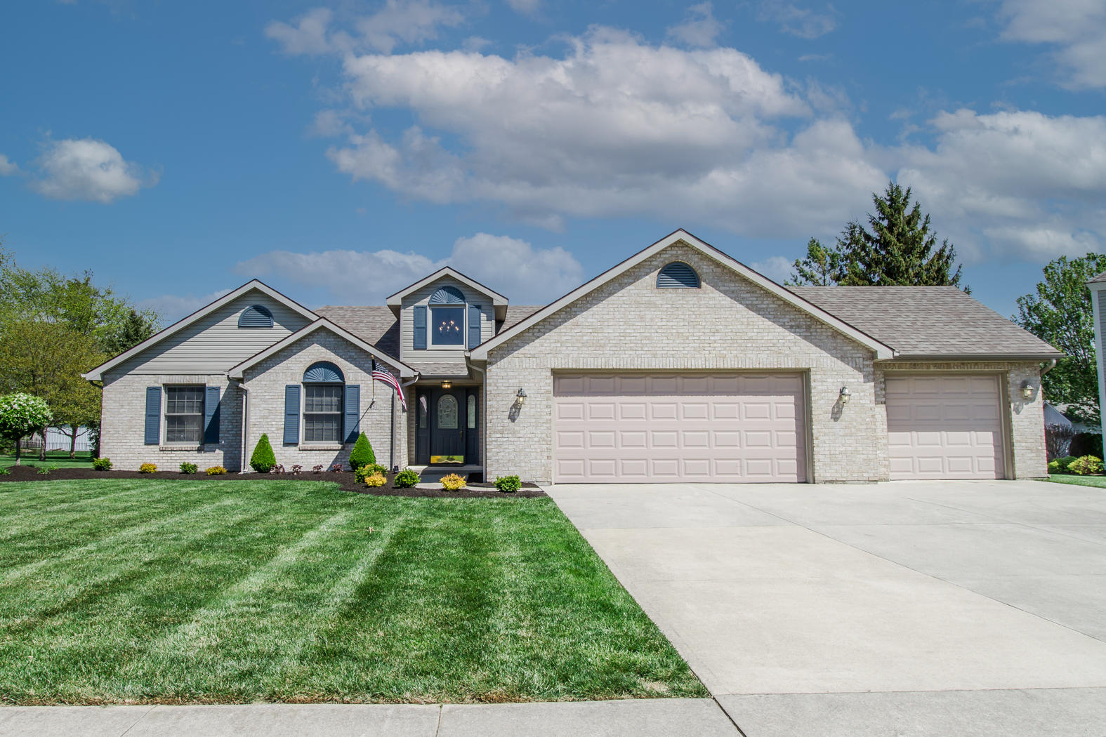 451 Circle Drive Property Photo - Greenville, OH real estate listing