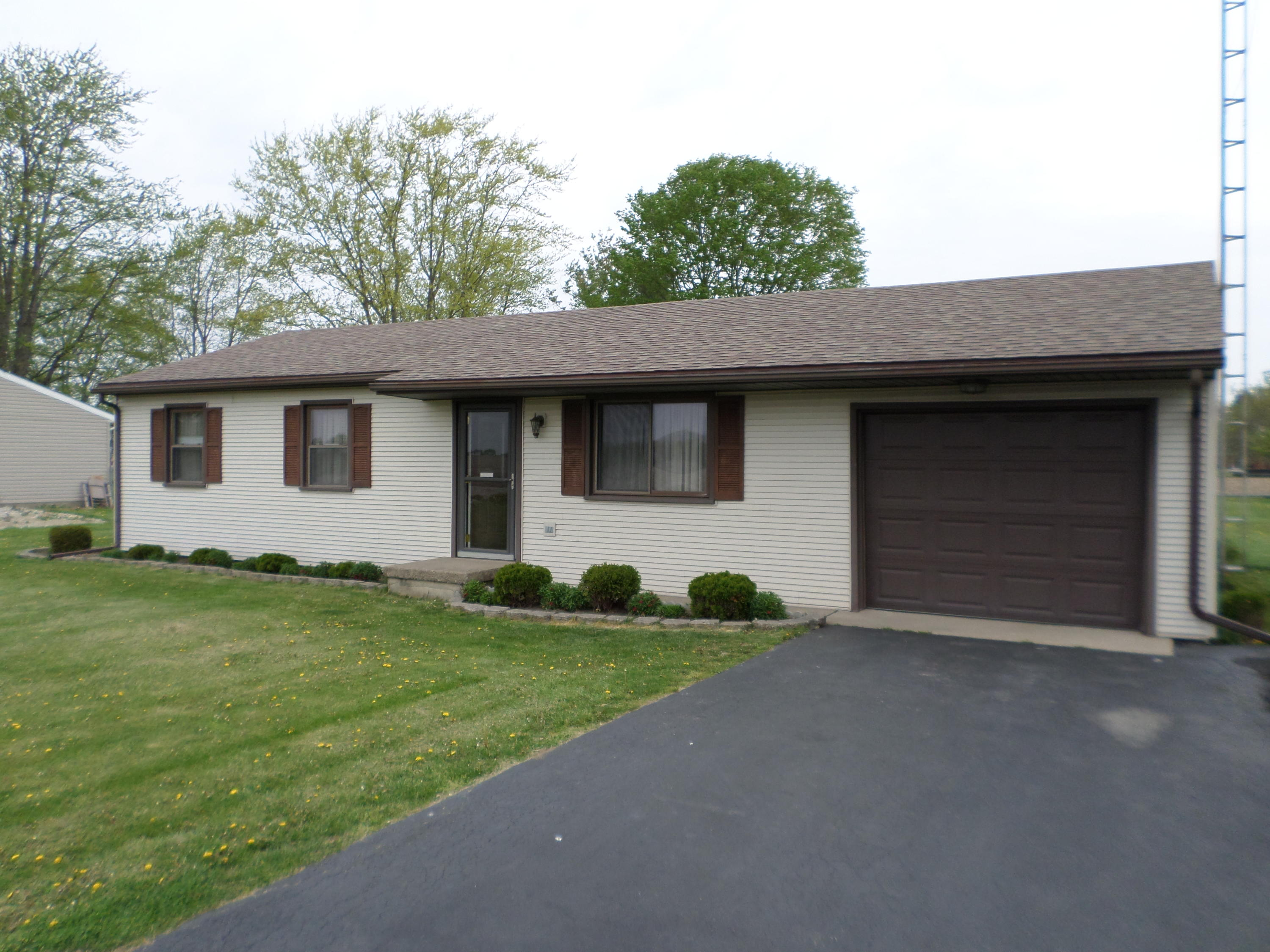 8220 Hogpath Road Property Photo - Arcanum, OH real estate listing