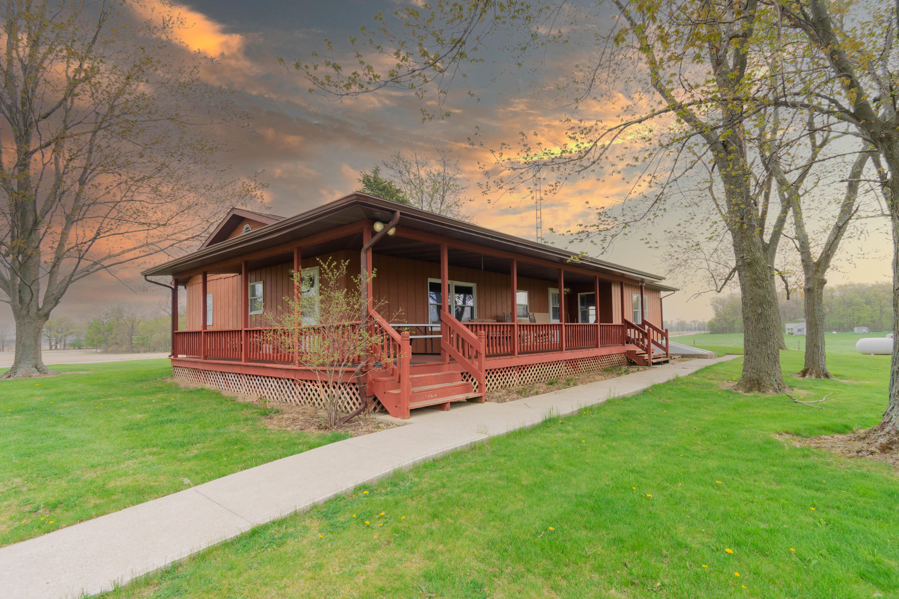 28686 State Route 385 Property Photo - Lakeview, OH real estate listing