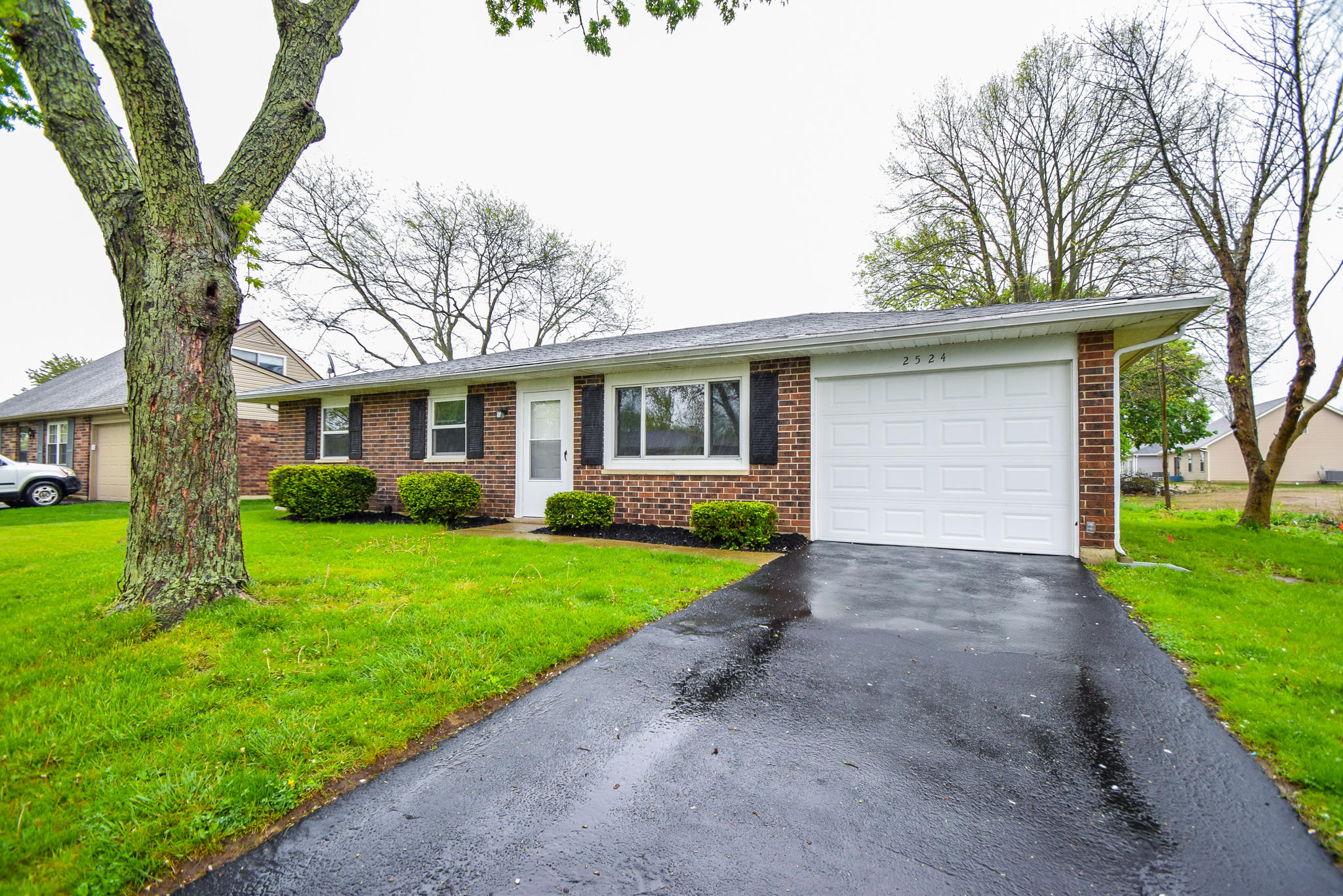 2524 Thornhill Drive Property Photo 1