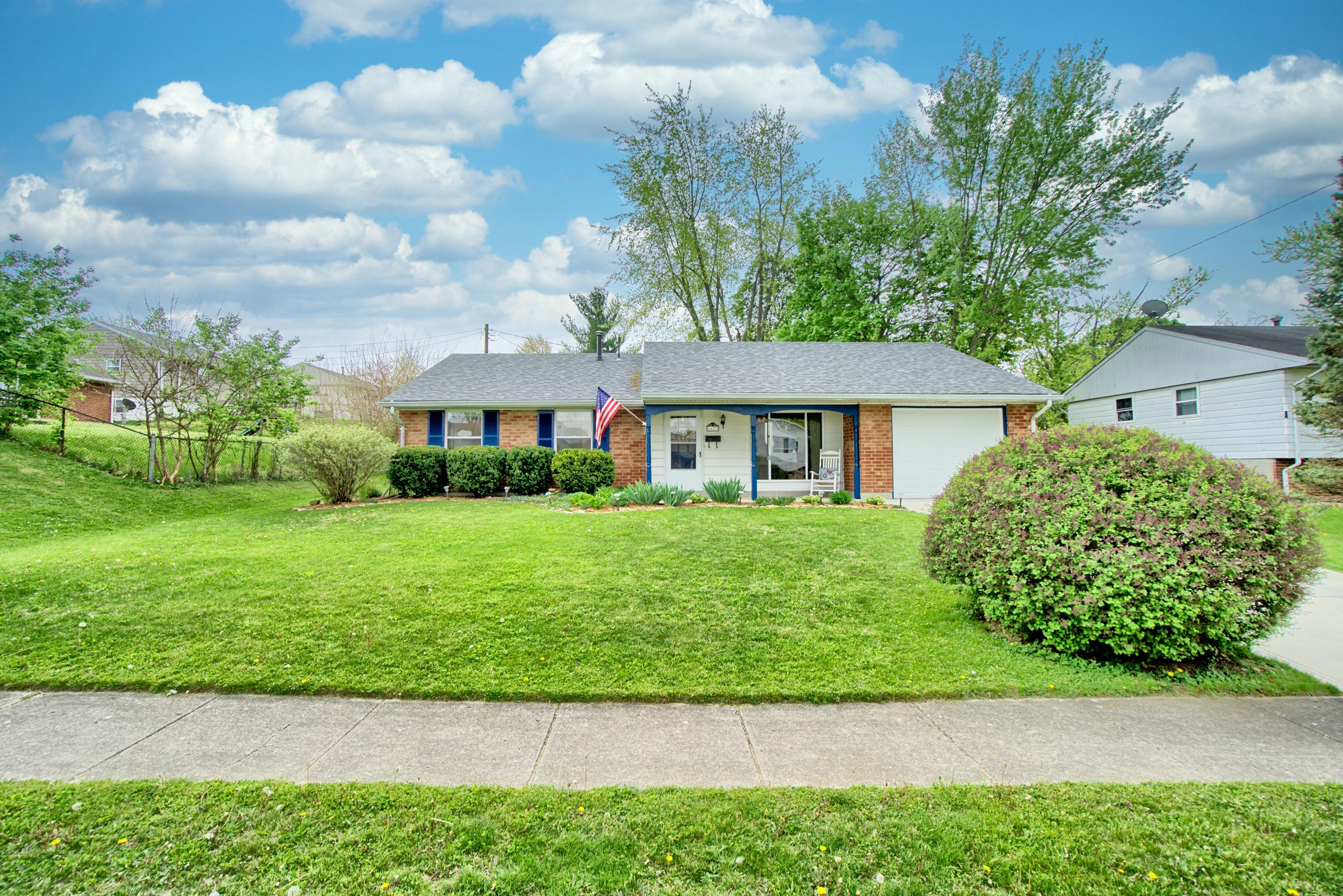 6673 Emerald Avenue Property Photo - Enon, OH real estate listing
