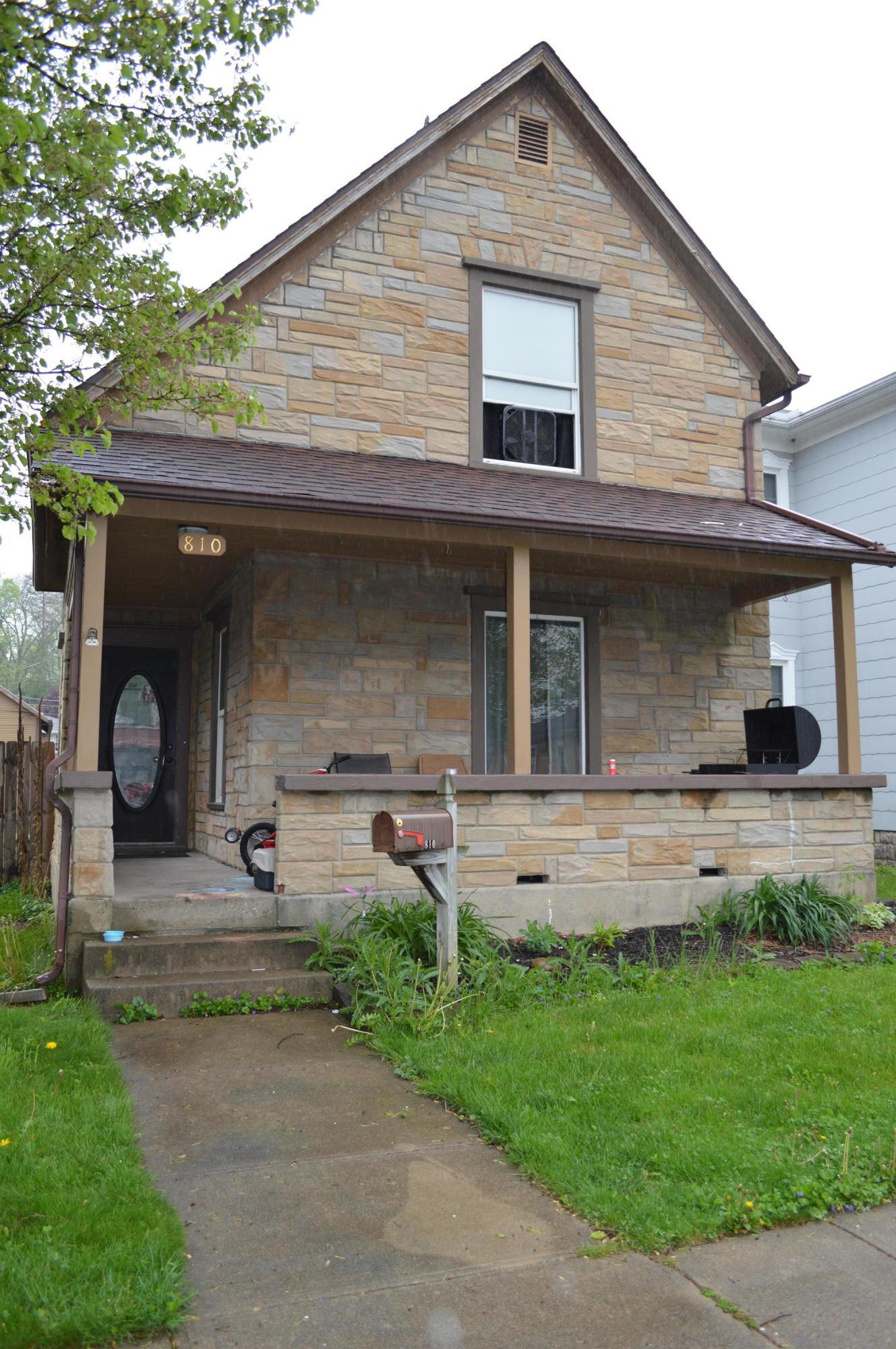 810 Washington Avenue Property Photo