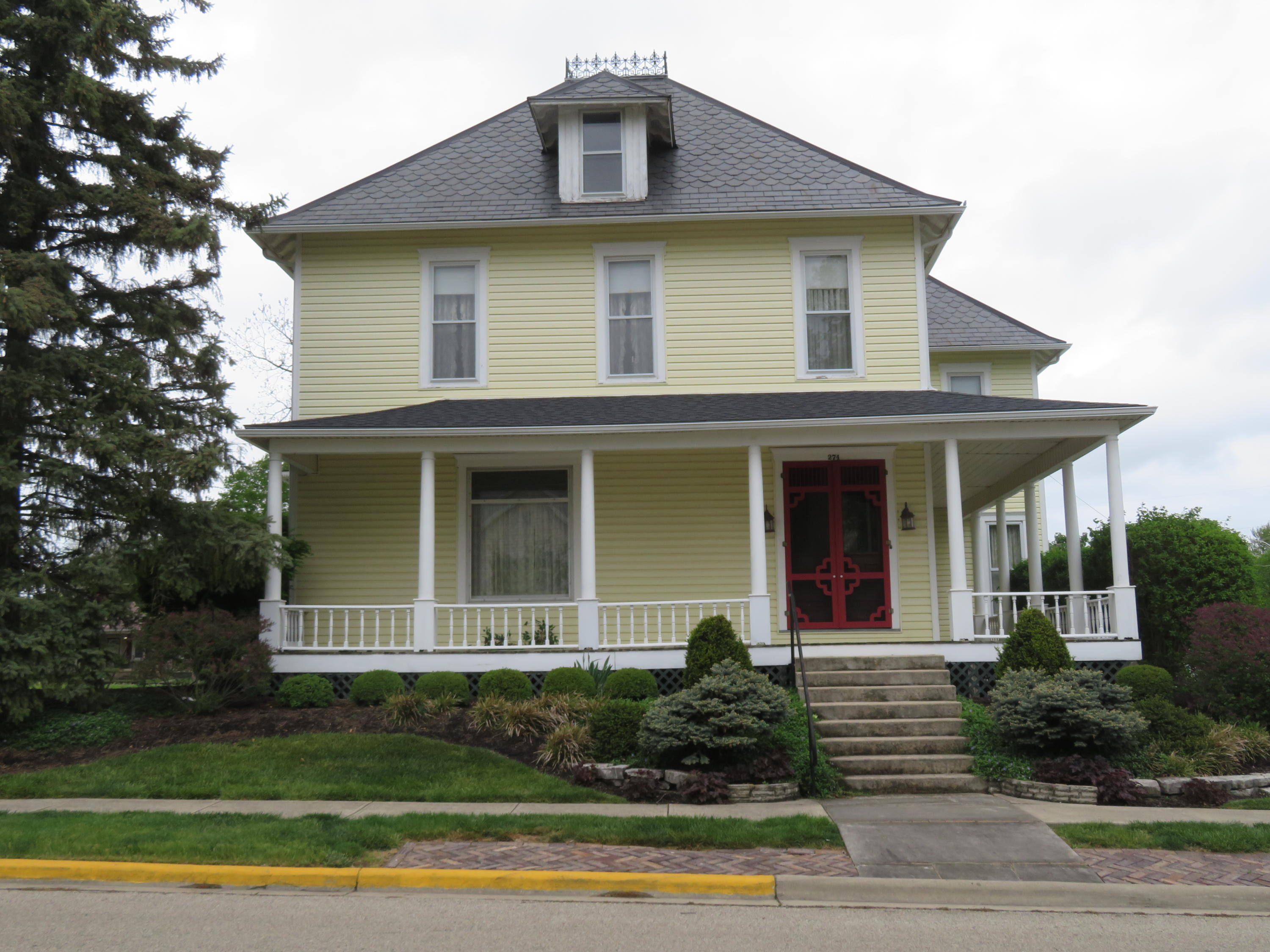 274 W Walnut Street Property Photo - Saint Paris, OH real estate listing