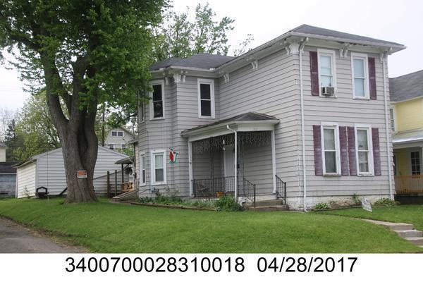 922 Oak Street Property Photo