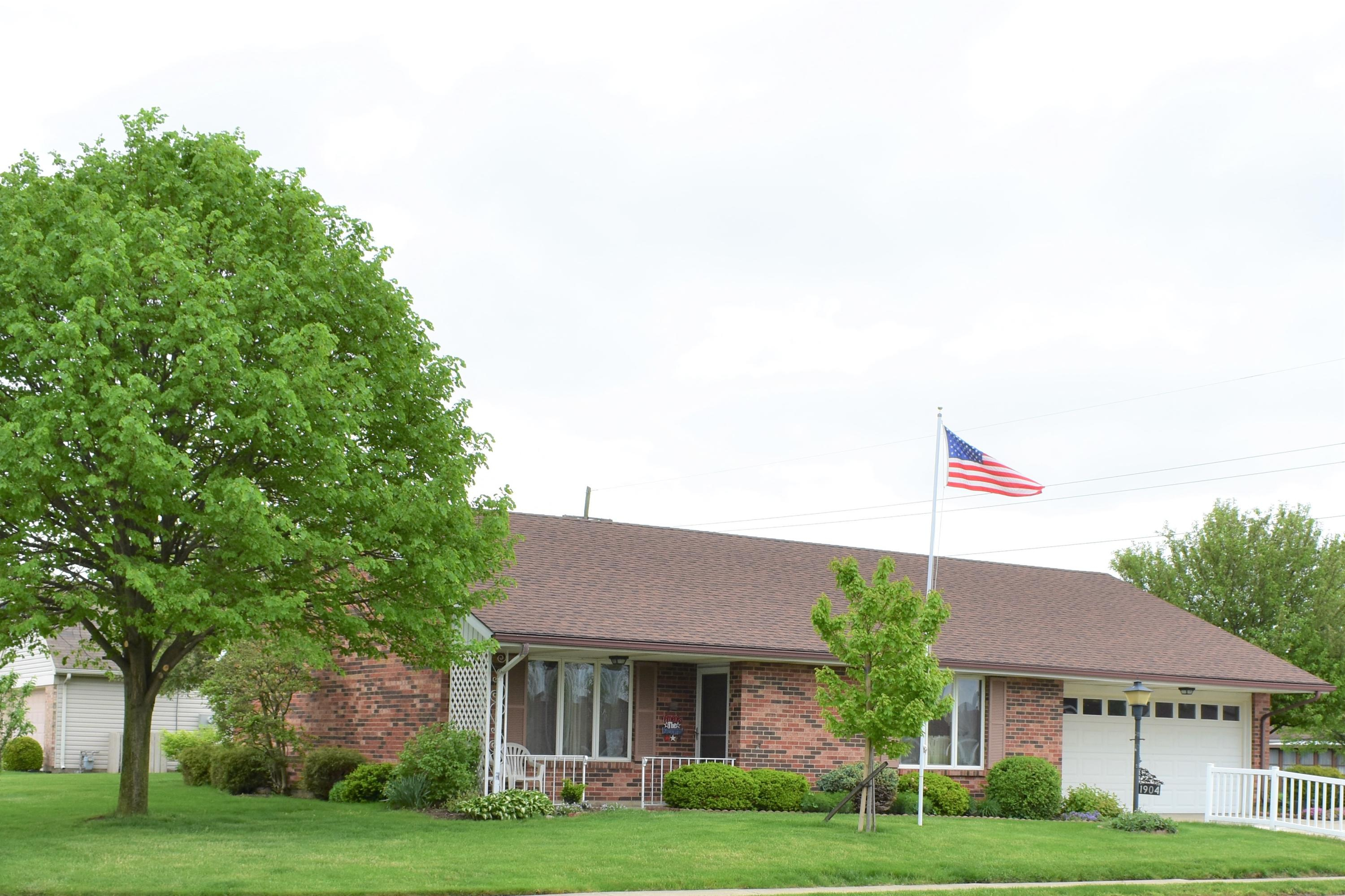 1904 Wilshire Drive Property Photo - Piqua, OH real estate listing