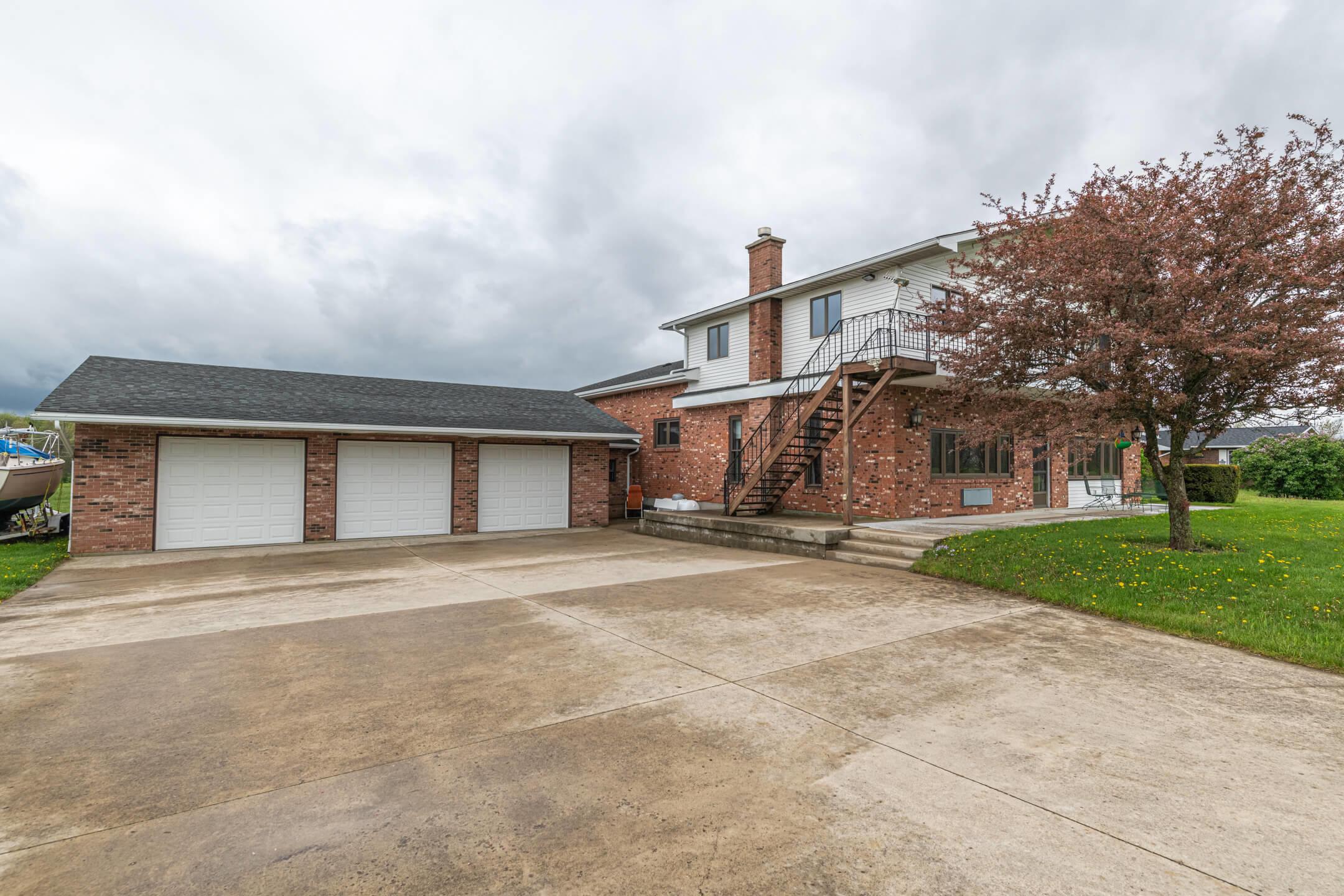 3832 Township Rd. 165 Property Photo 8