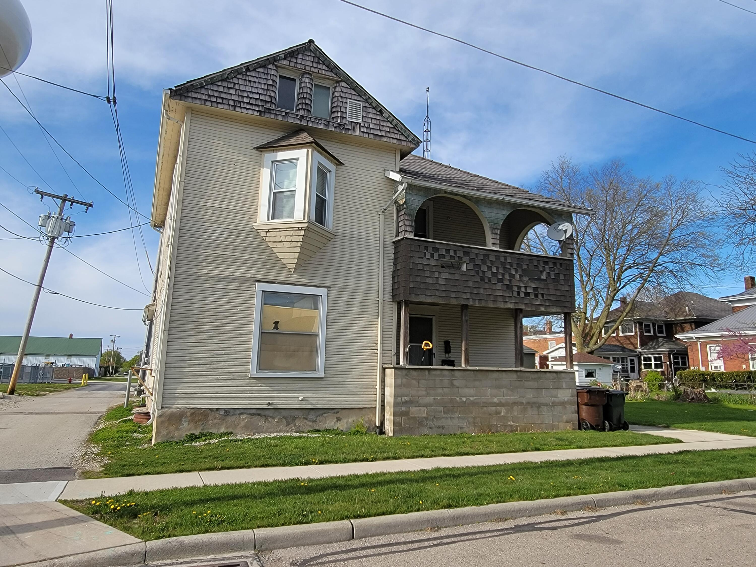 122 School Street Property Photo - Bradford, OH real estate listing