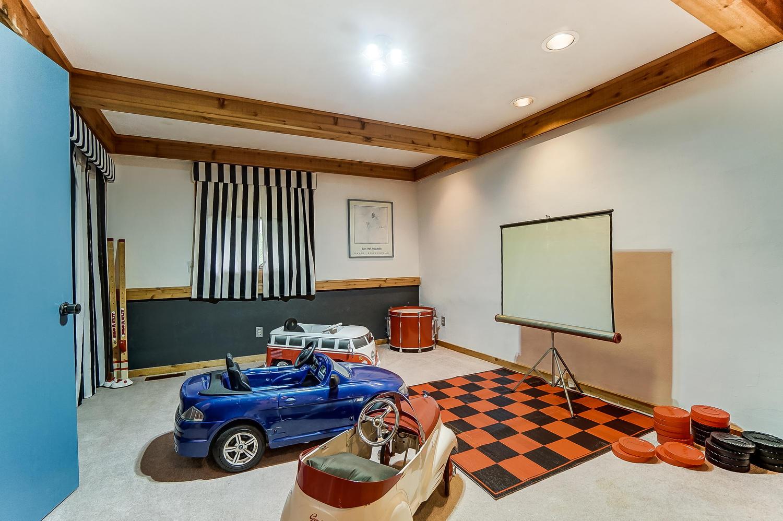 5653 Terrace Park Drive Property Photo 45