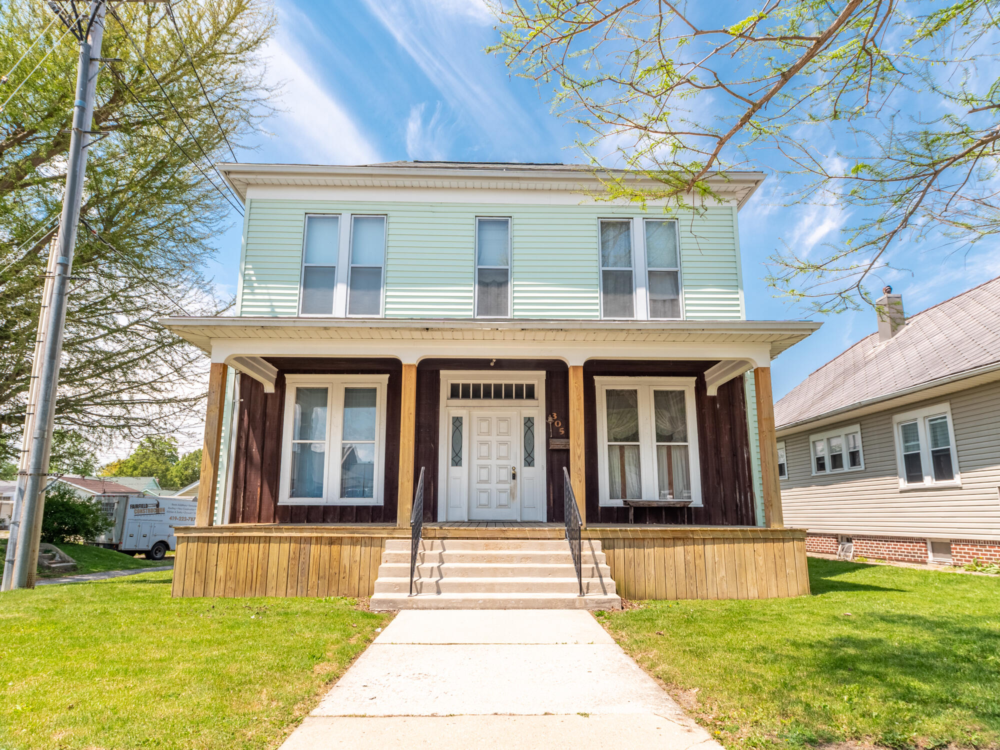 305 S Blackhoof Street Property Photo - Wapakoneta, OH real estate listing