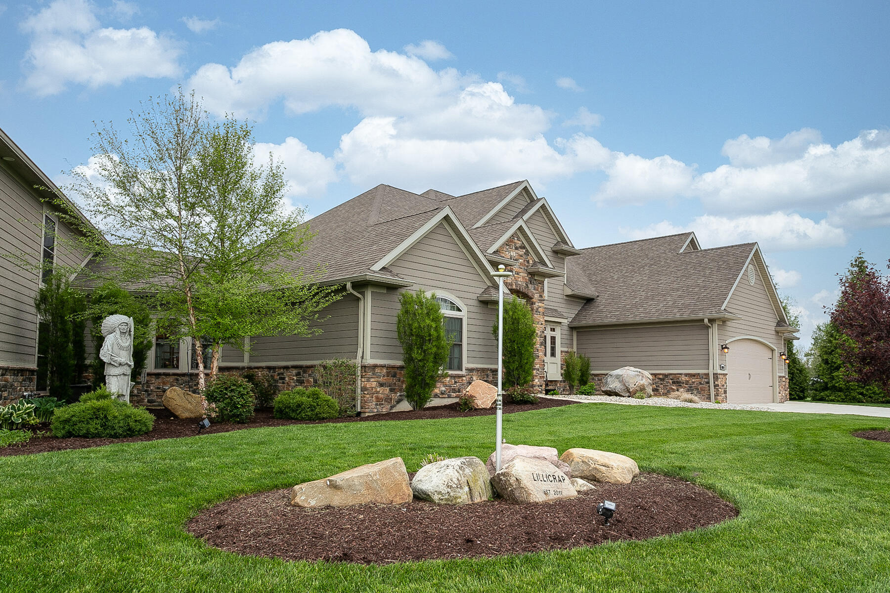 10240 Augusta Lane Property Photo 9