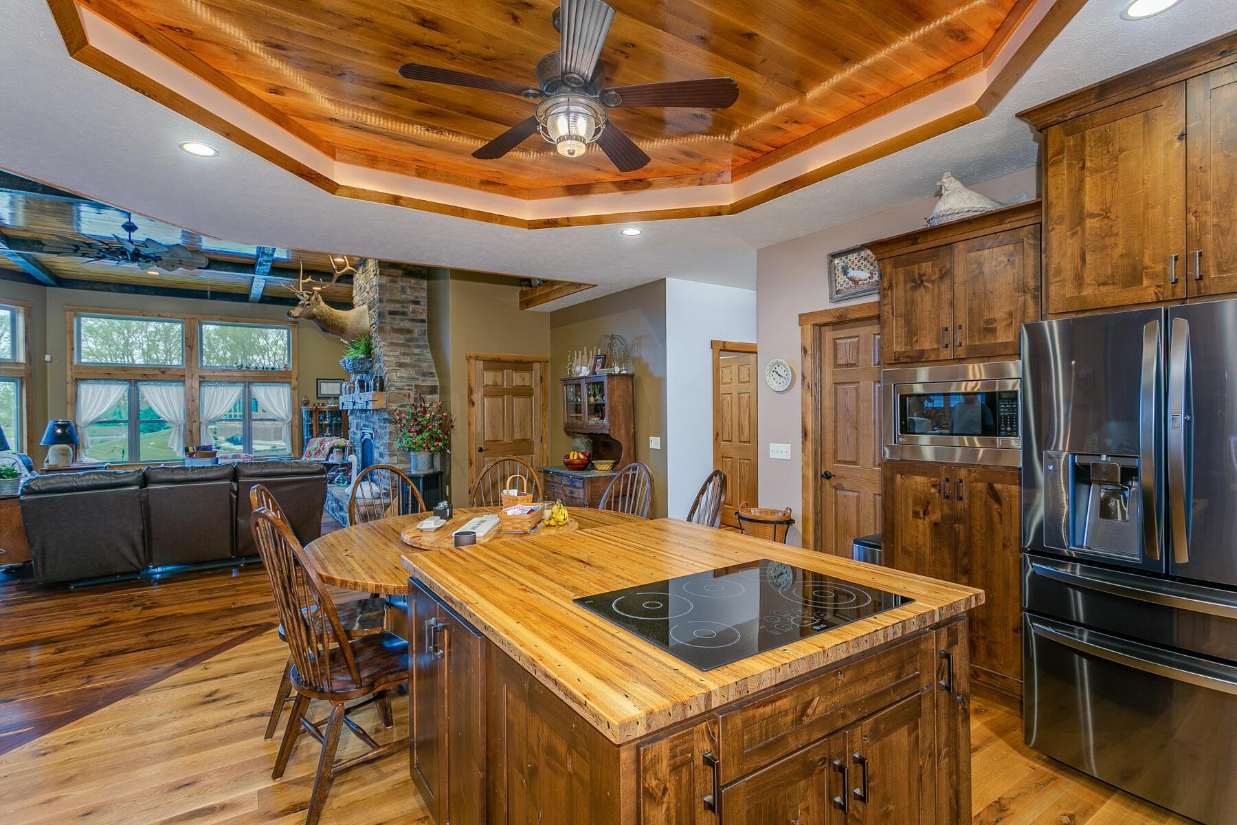 10240 Augusta Lane Property Photo 31