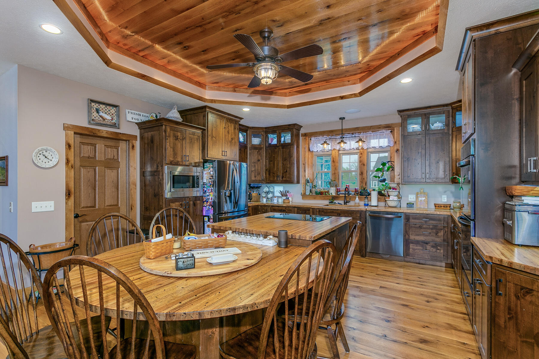 10240 Augusta Lane Property Photo 33
