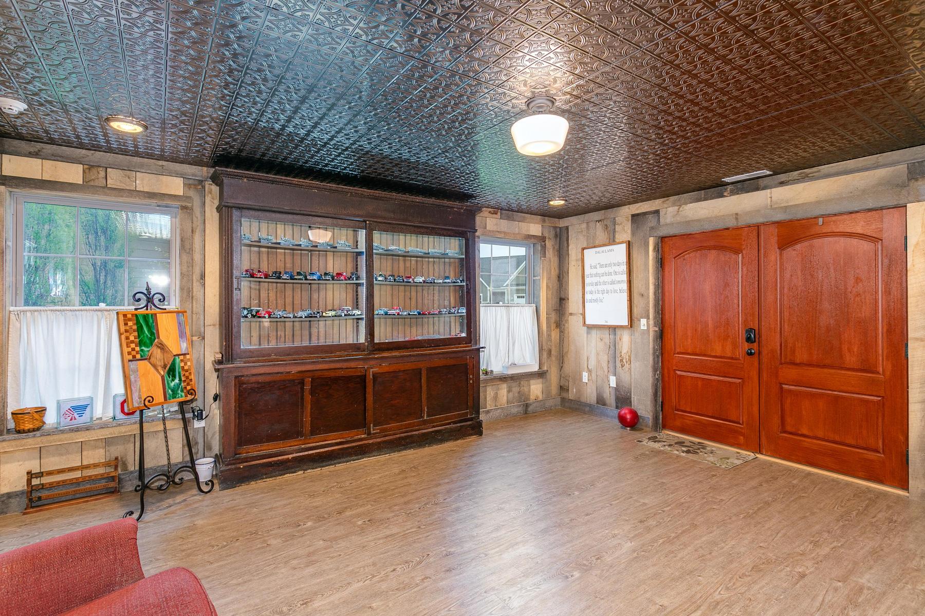 10240 Augusta Lane Property Photo 59