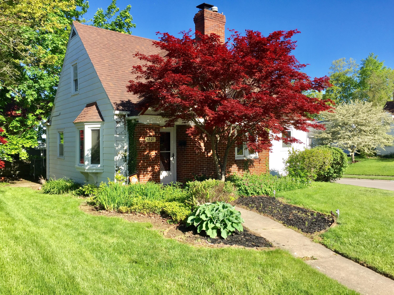 1521 N Lowry Avenue Property Photo 1