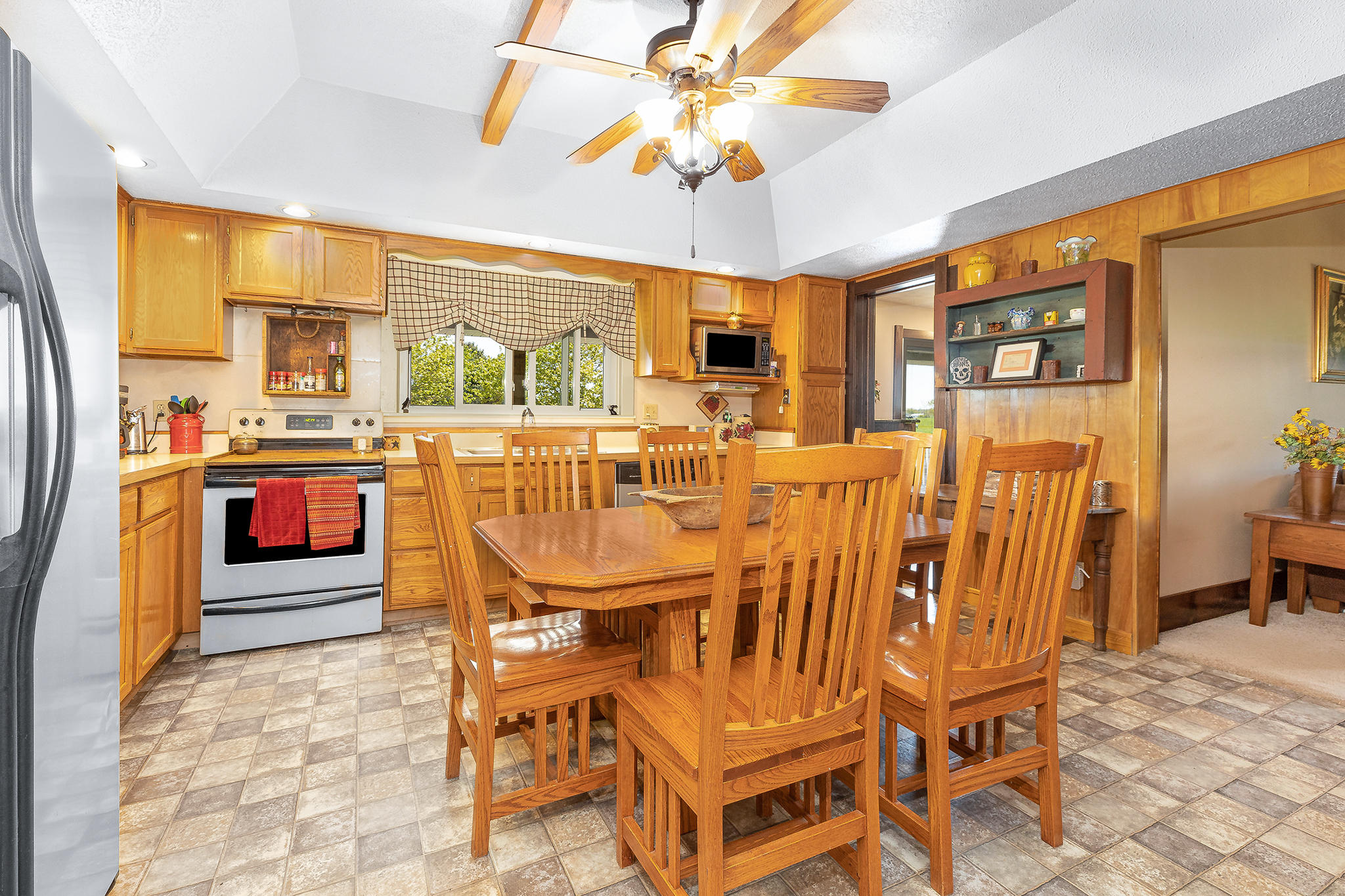 2240 Township Road 108 Property Photo 10