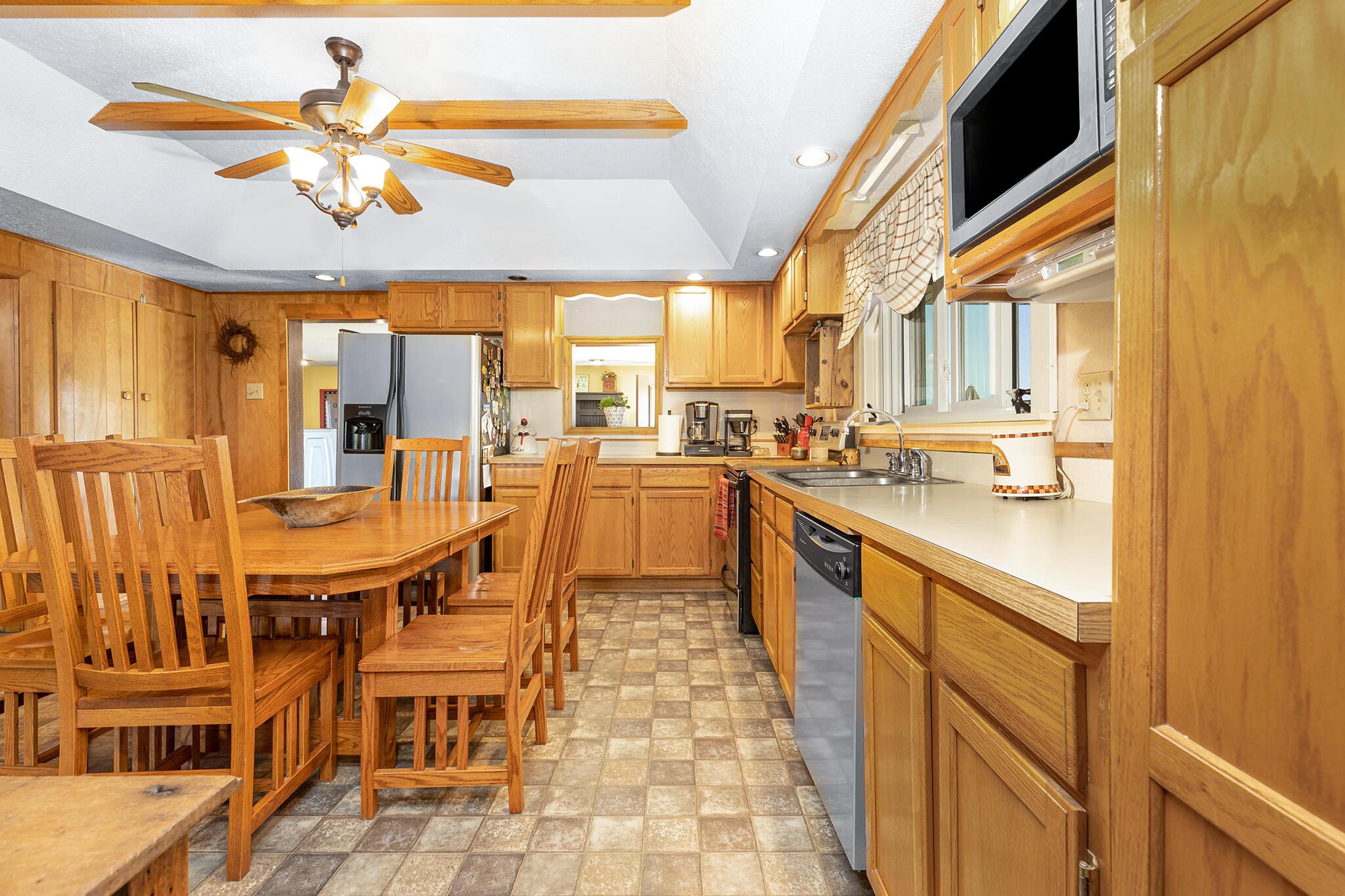 2240 Township Road 108 Property Photo 12