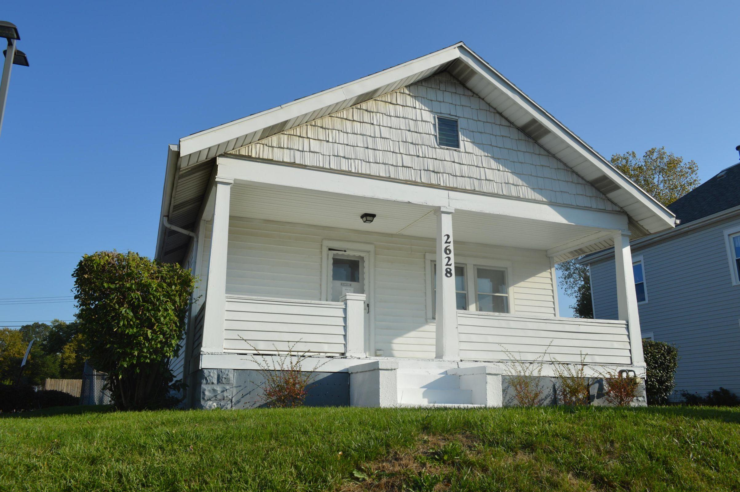 2628 E Main Street Property Photo
