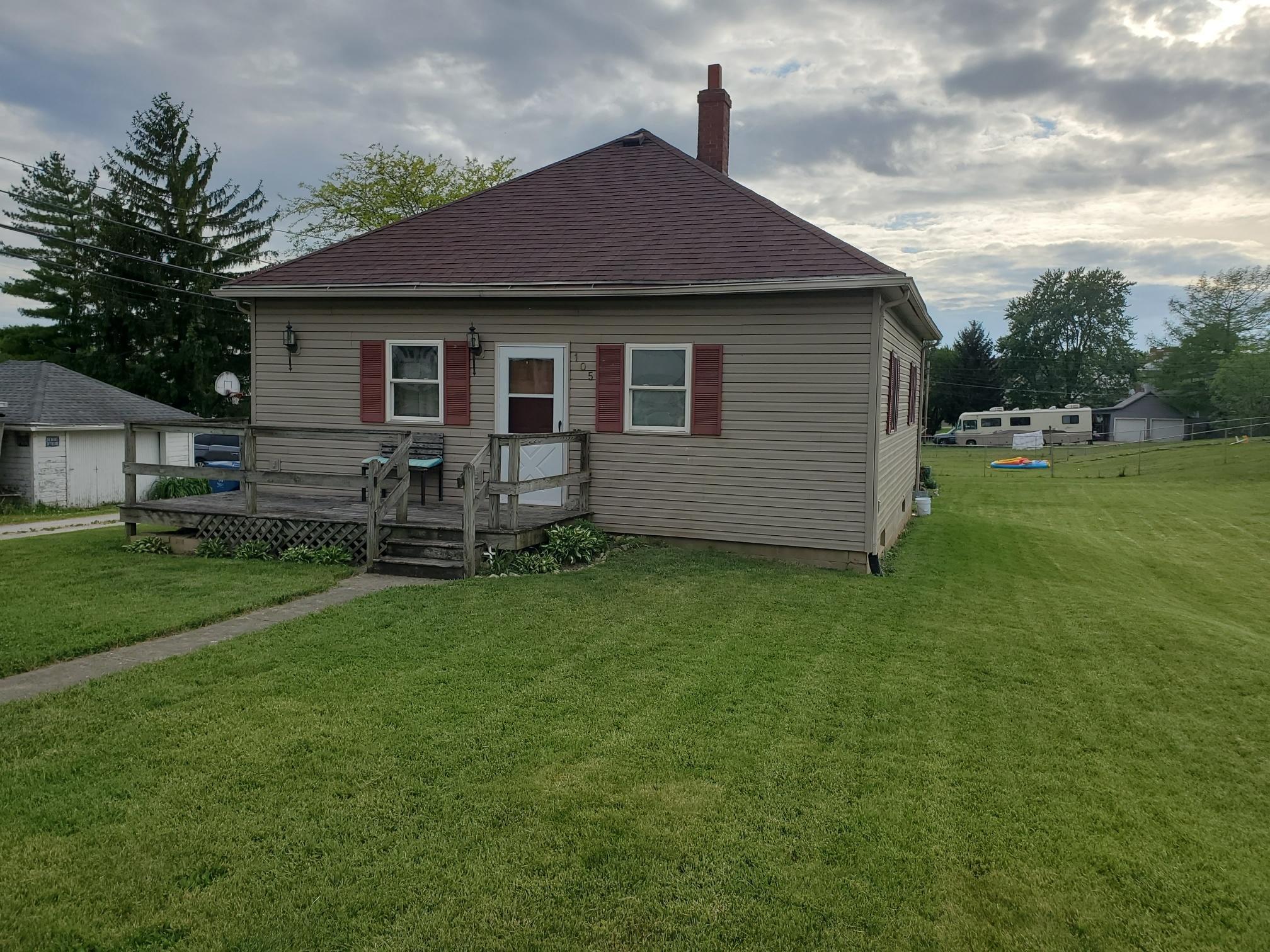 105 N Pike Street Property Photo