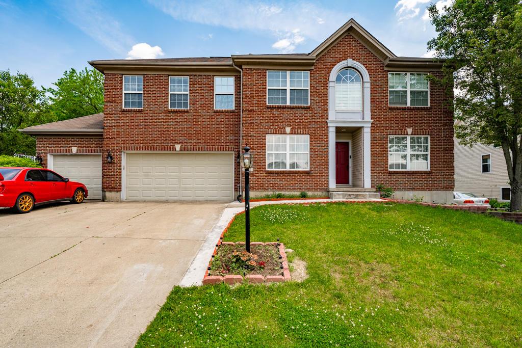9292 Crestwood Drive Property Photo 1