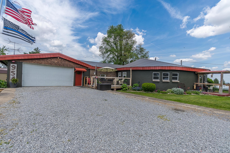 954 Lippincott Road Property Photo