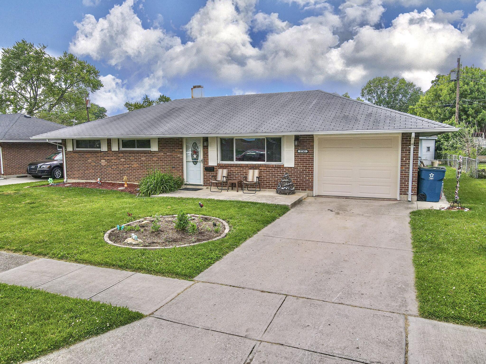 5745 Beth Road Property Photo 1
