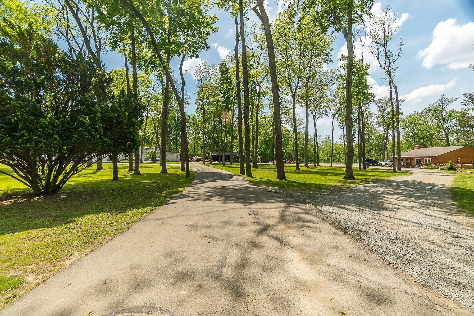 4258 Iddings Road Property Photo 1