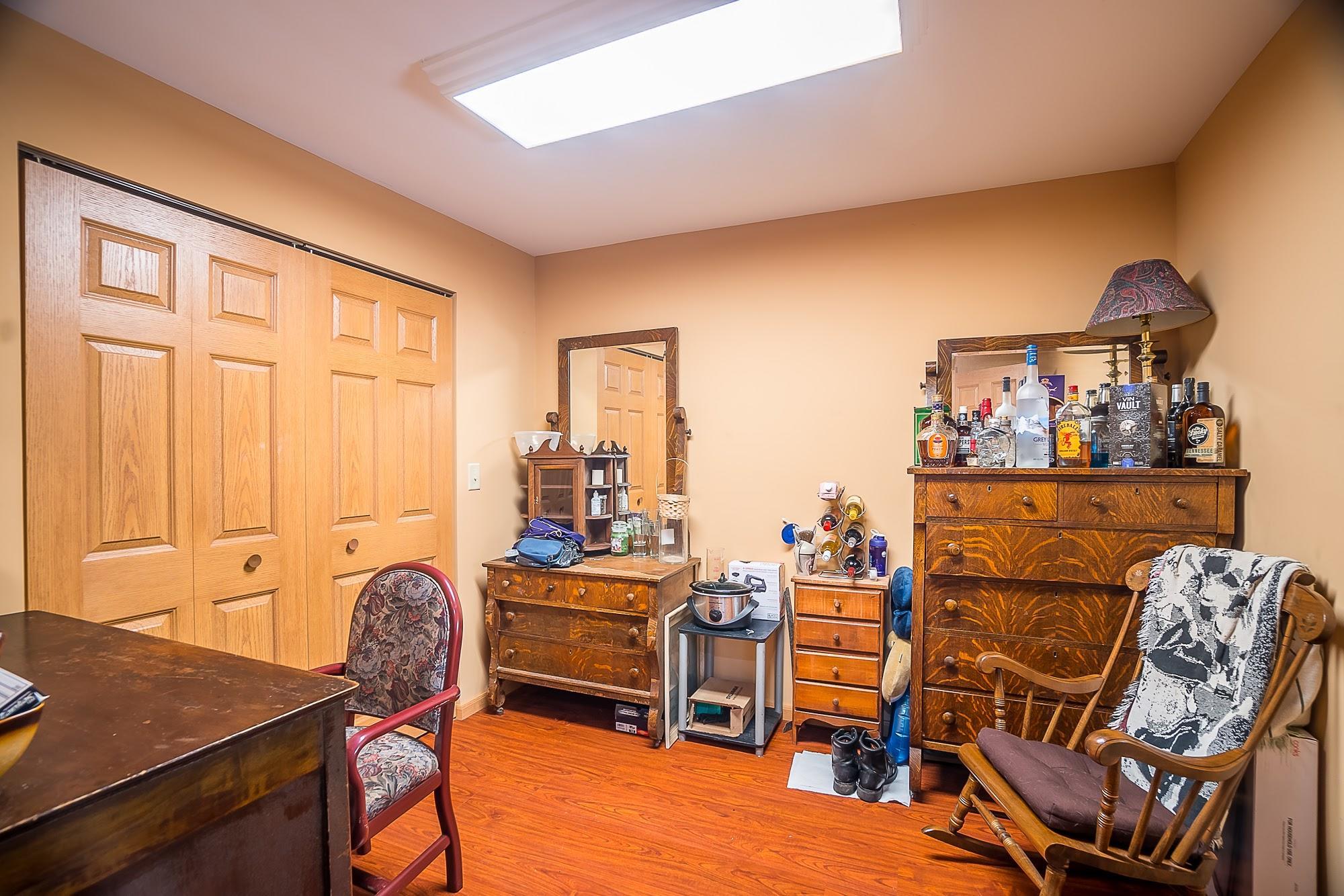 4258 Iddings Road Property Photo 12