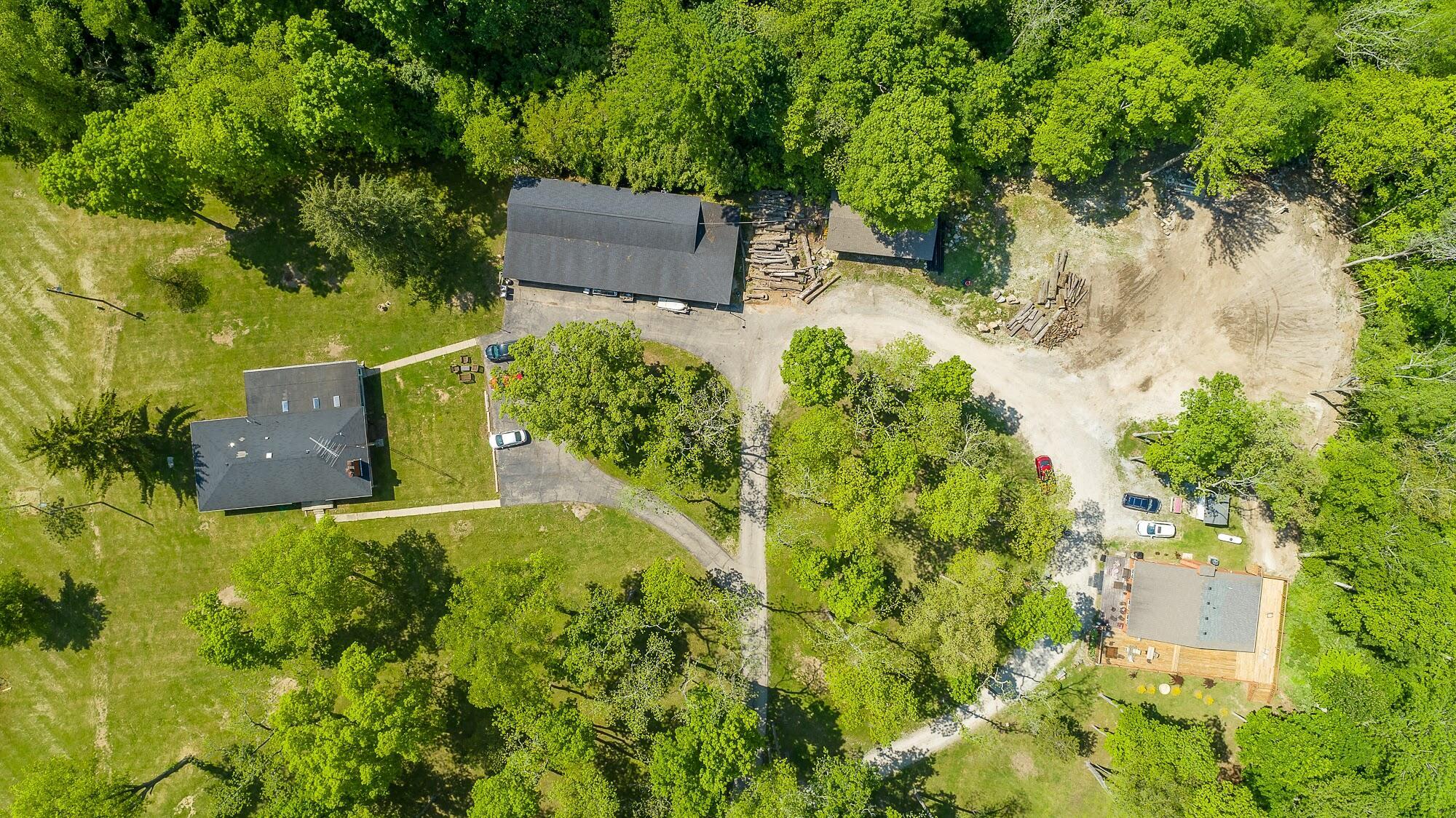 4258 Iddings Road Property Photo 32
