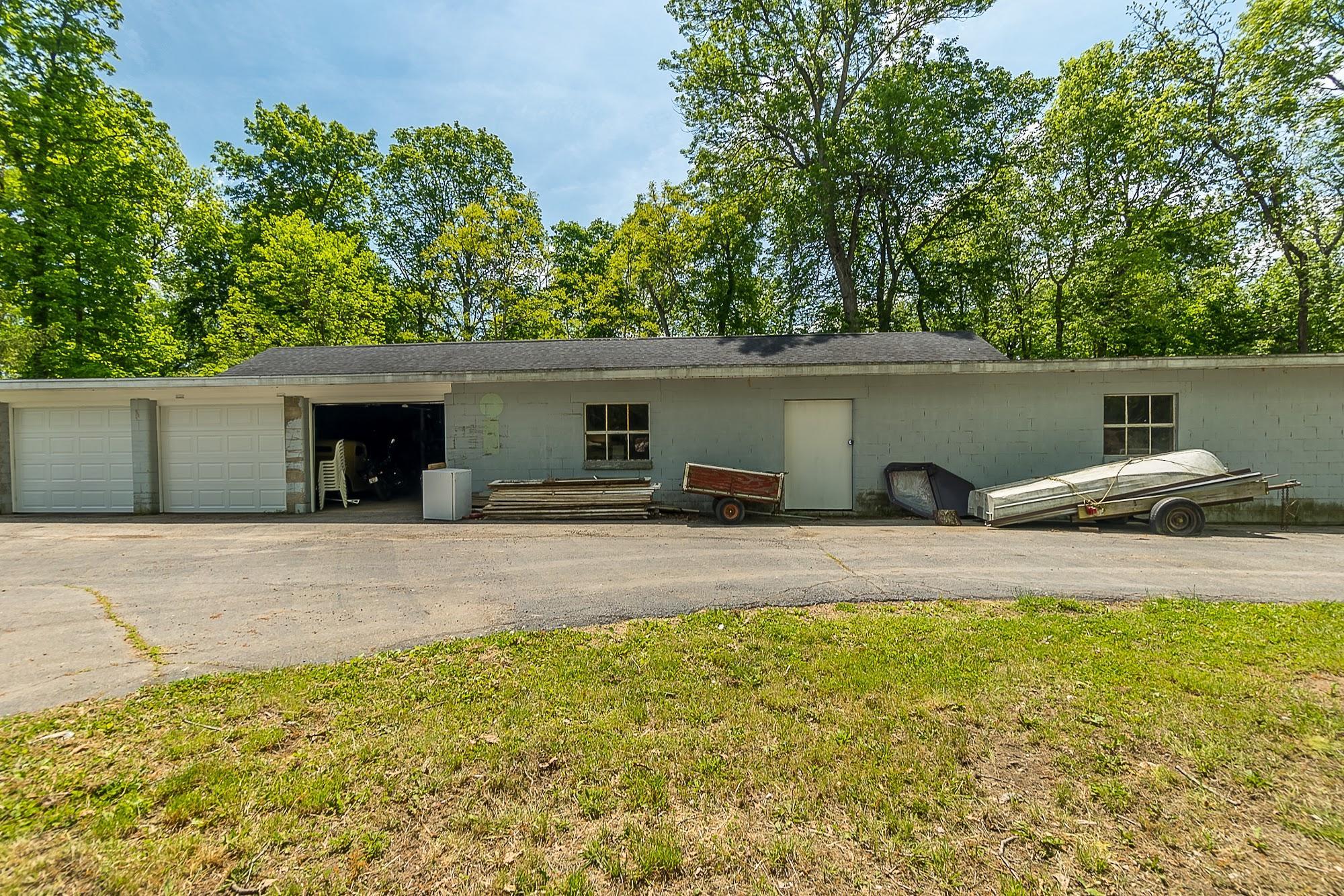 4258 Iddings Road Property Photo 33