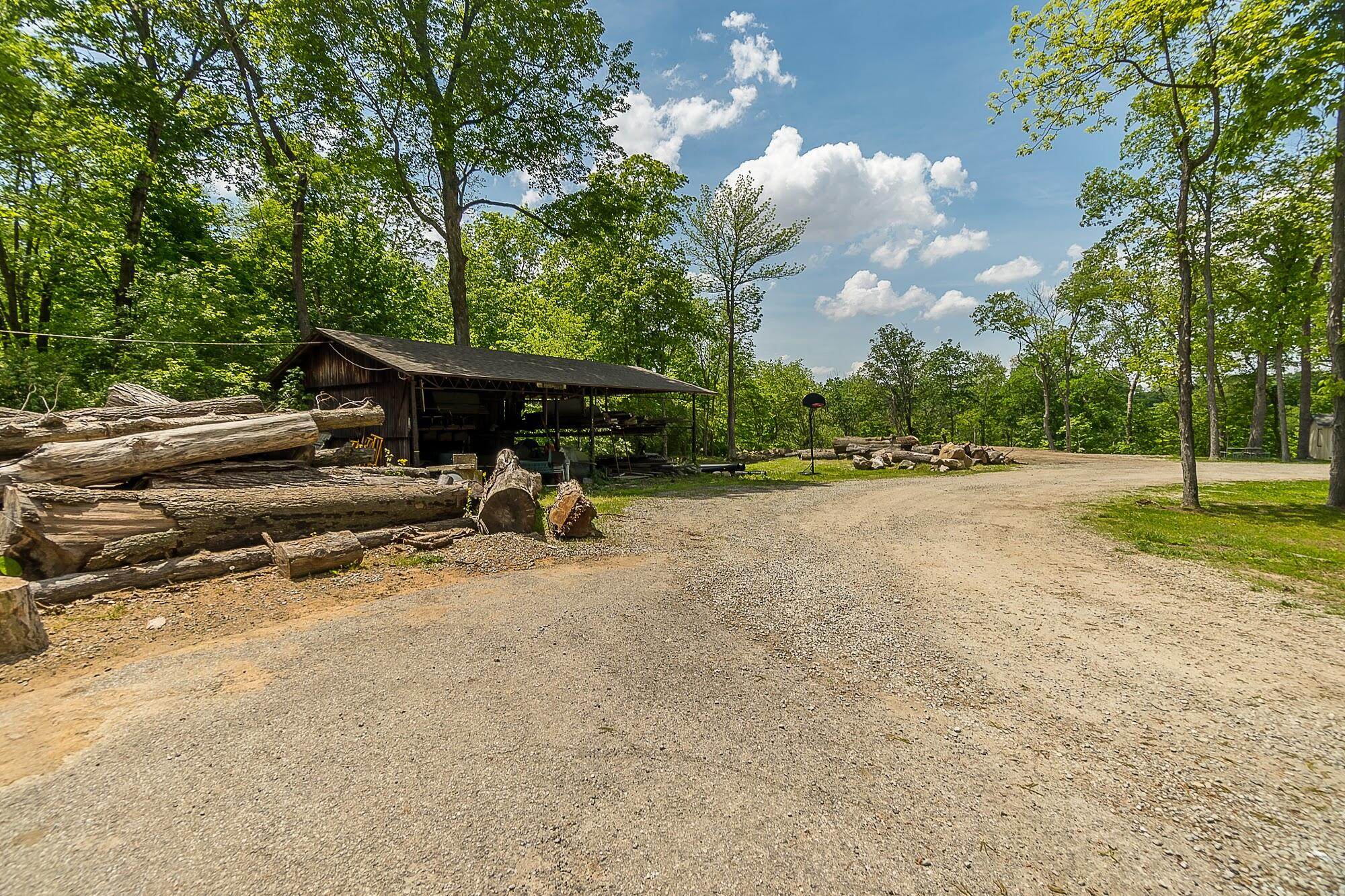 4258 Iddings Road Property Photo 34
