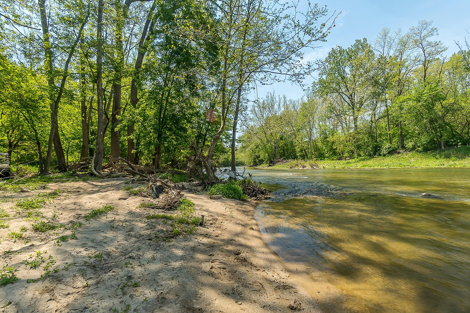 4258 Iddings Road Property Photo 65