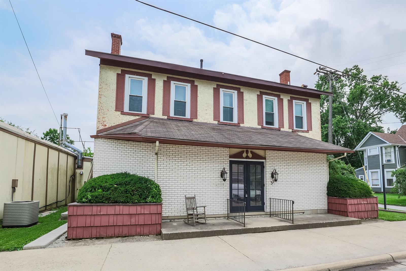 33 W Xenia Avenue Property Photo