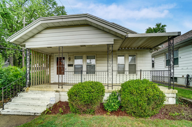 1613 Gondert Avenue Property Photo 1