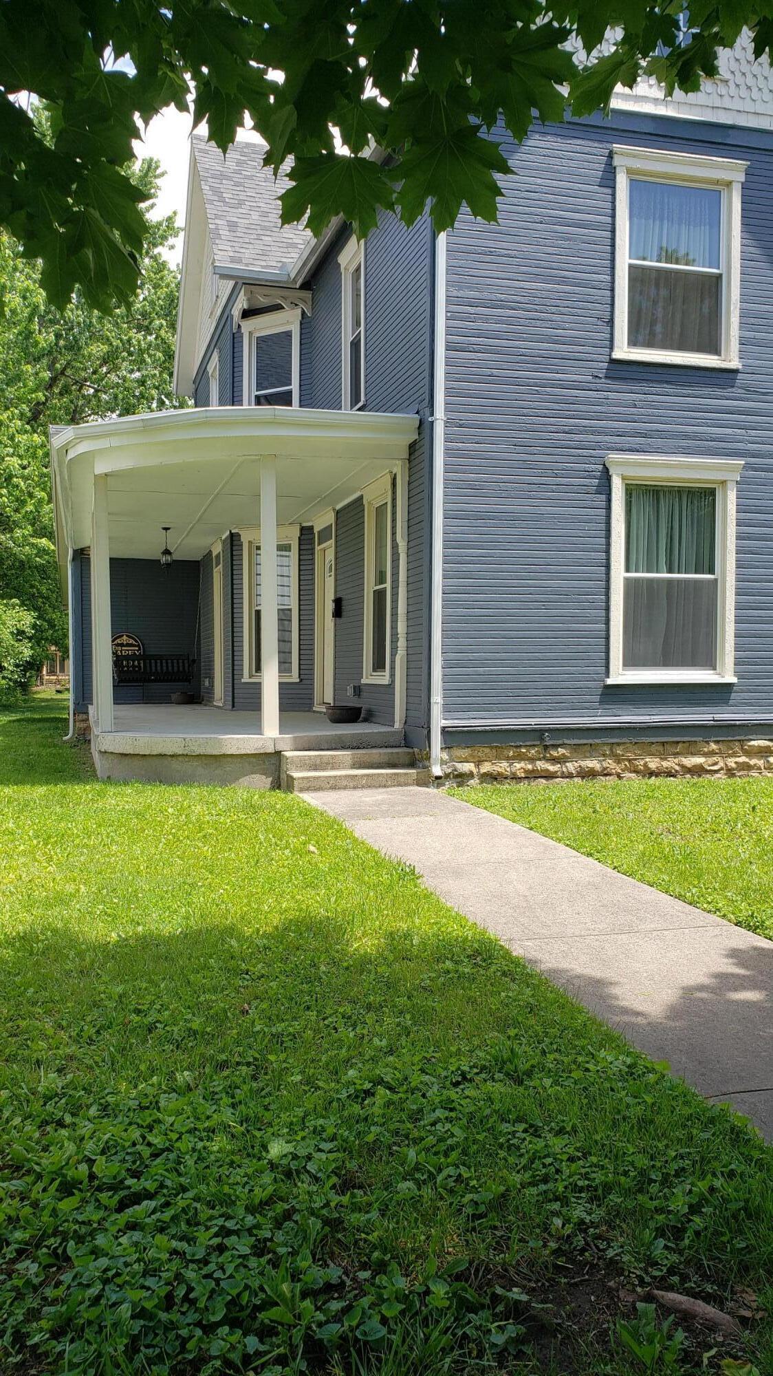 833 S Main Street Property Photo 1