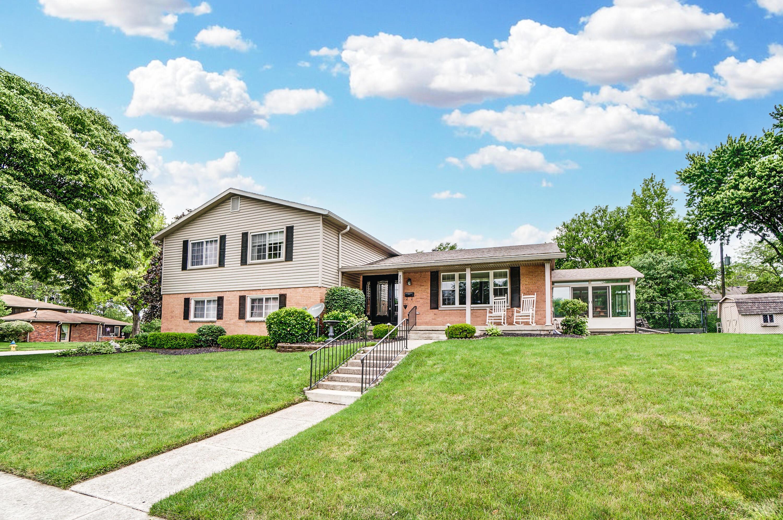 800 Medford Drive Property Photo 1
