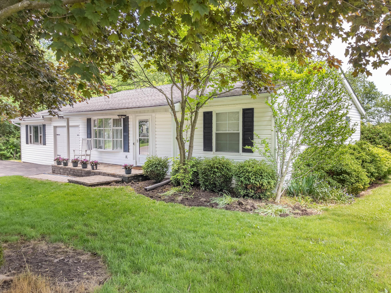 3433 Flood Street Property Photo
