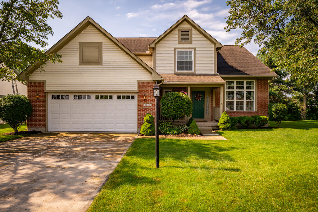 1240 Whitetail Drive Property Photo 1